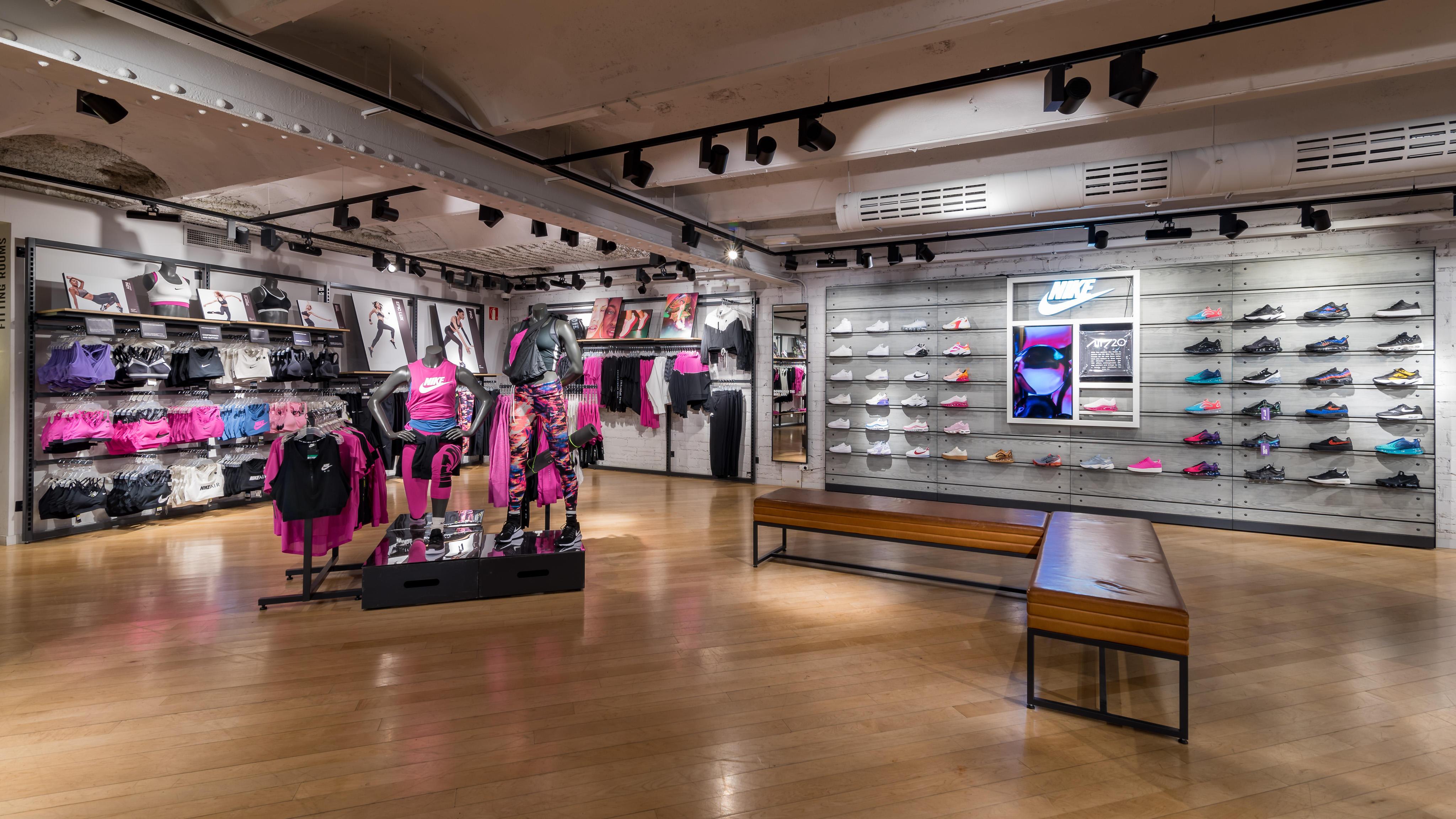ayudante código postal ampliar  Shopping > tienda nike barcelona ramblas, Up to 76% OFF