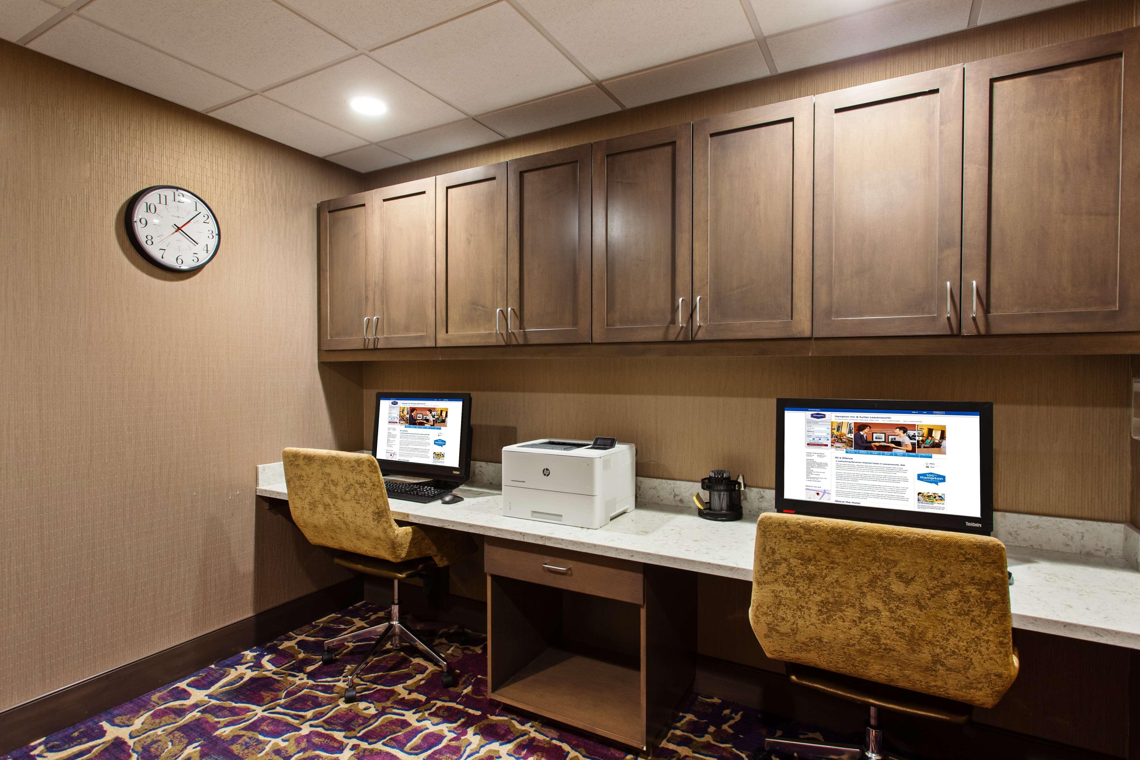 Hampton Inn & Suites Leavenworth image 33