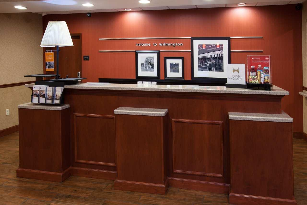Hampton Inn & Suites Wilmington image 6