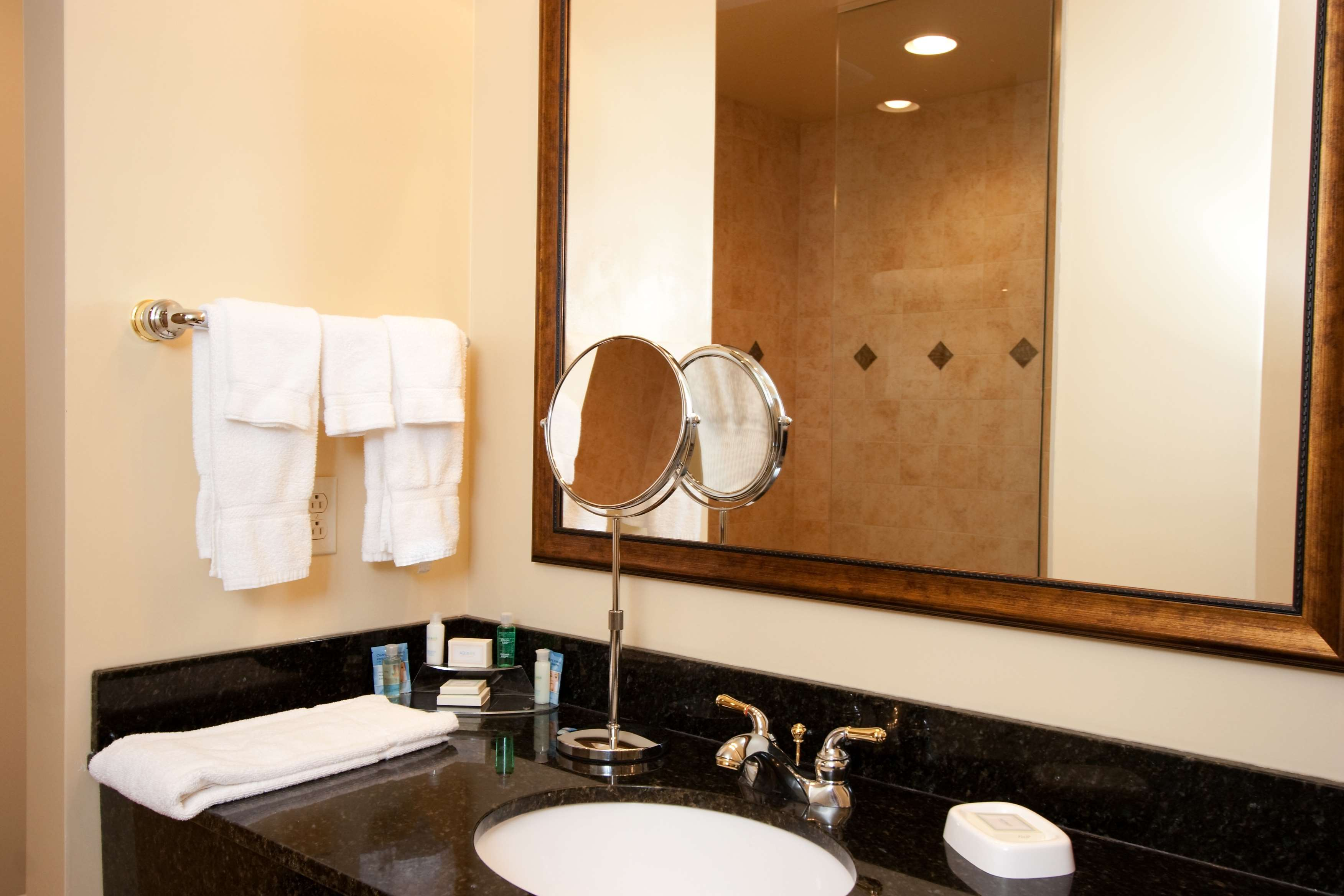 Best Western Plus Vineyard Inn & Suites image 18