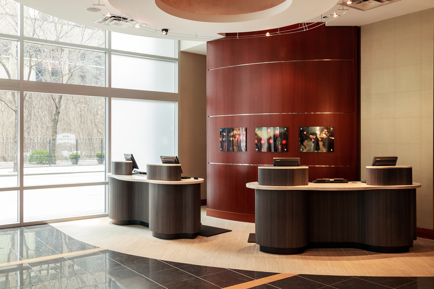 Courtyard by Marriott Chicago Downtown/Magnificent Mile image 1