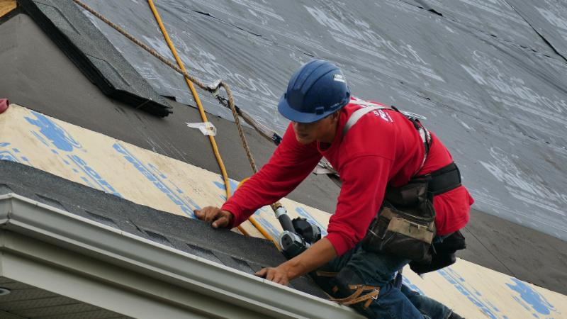 Toitures Raymond Roofing Inc. à Gatineau: Quality, craftmanship, superior quality materials and long term waranty.