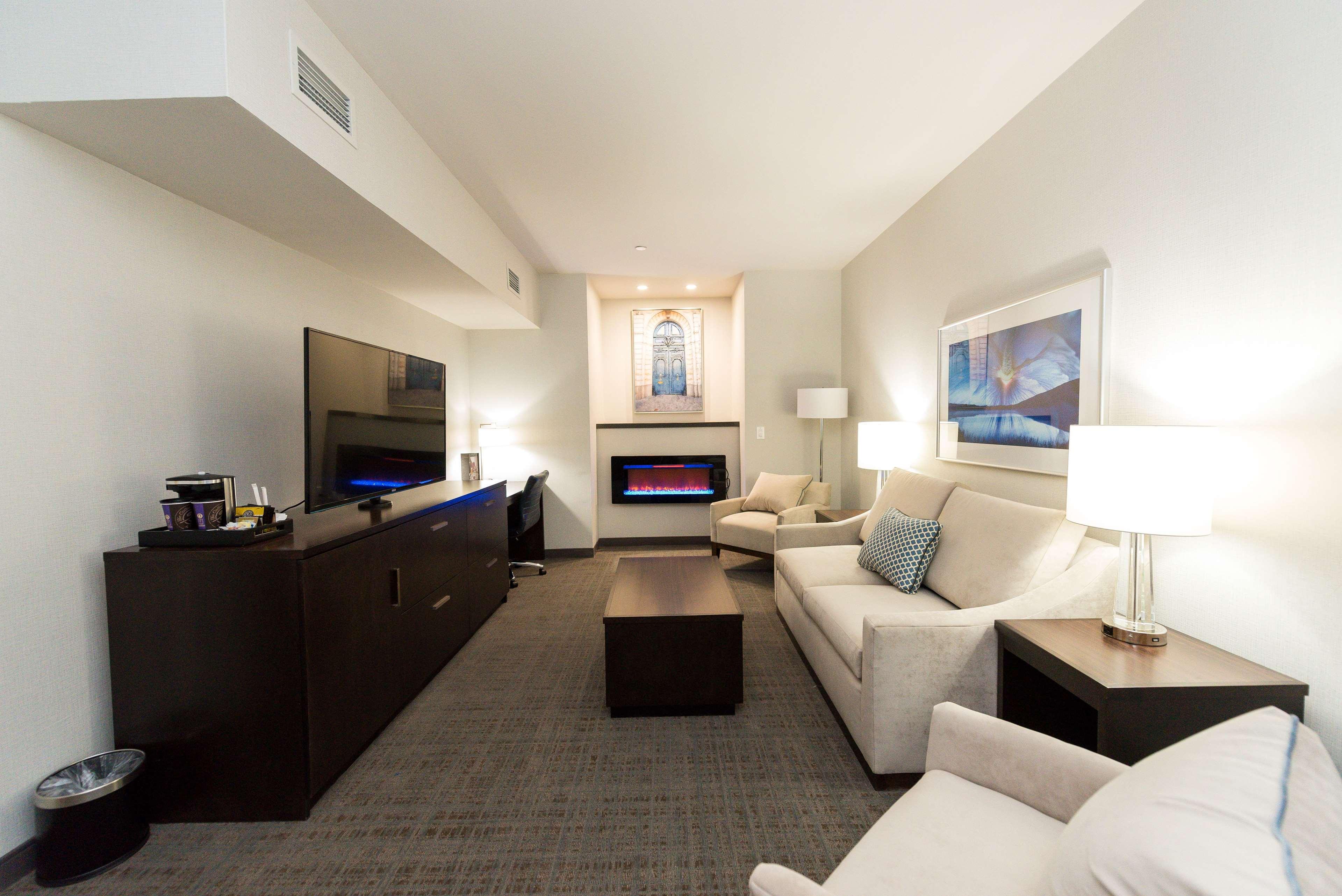 Hilton Scranton & Conference Center image 7