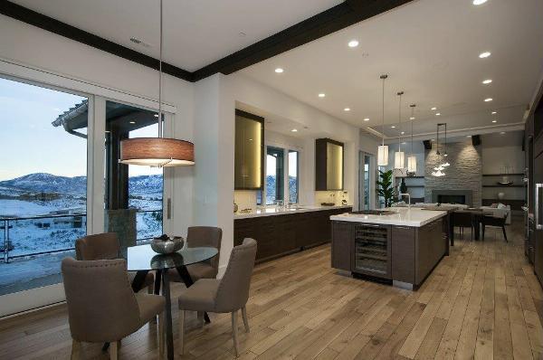 Signature Floors, Inc.
