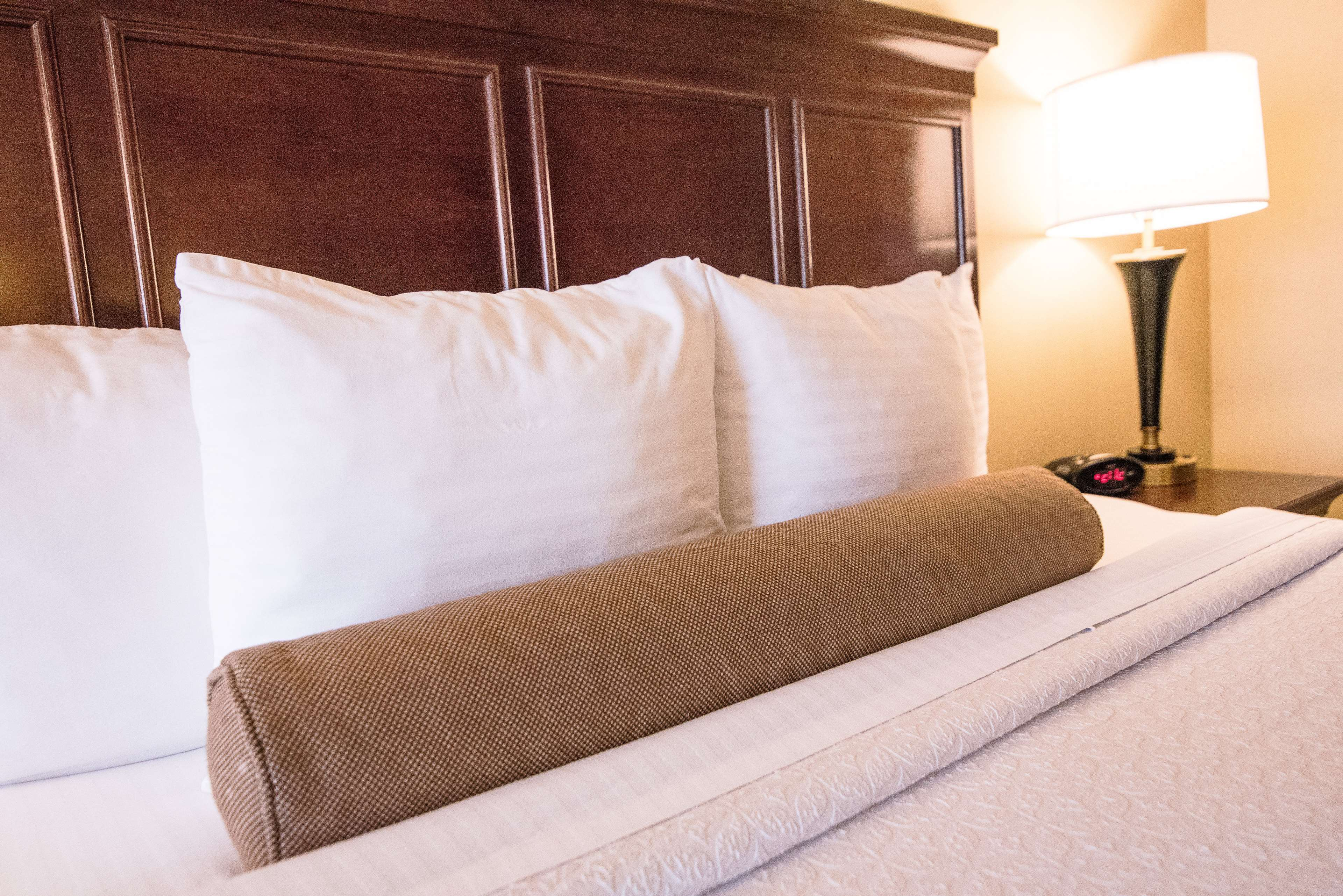Best Western Plus Redondo Beach Inn image 18