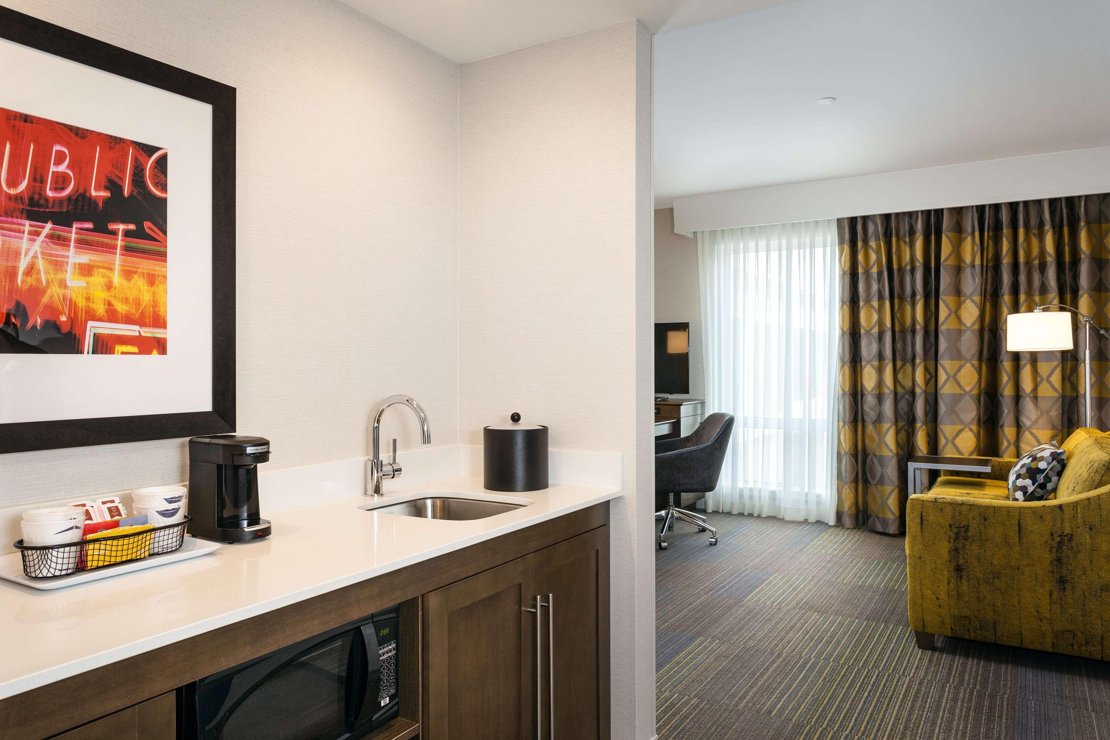 Hampton Inn & Suites by Hilton Seattle/Northgate image 24