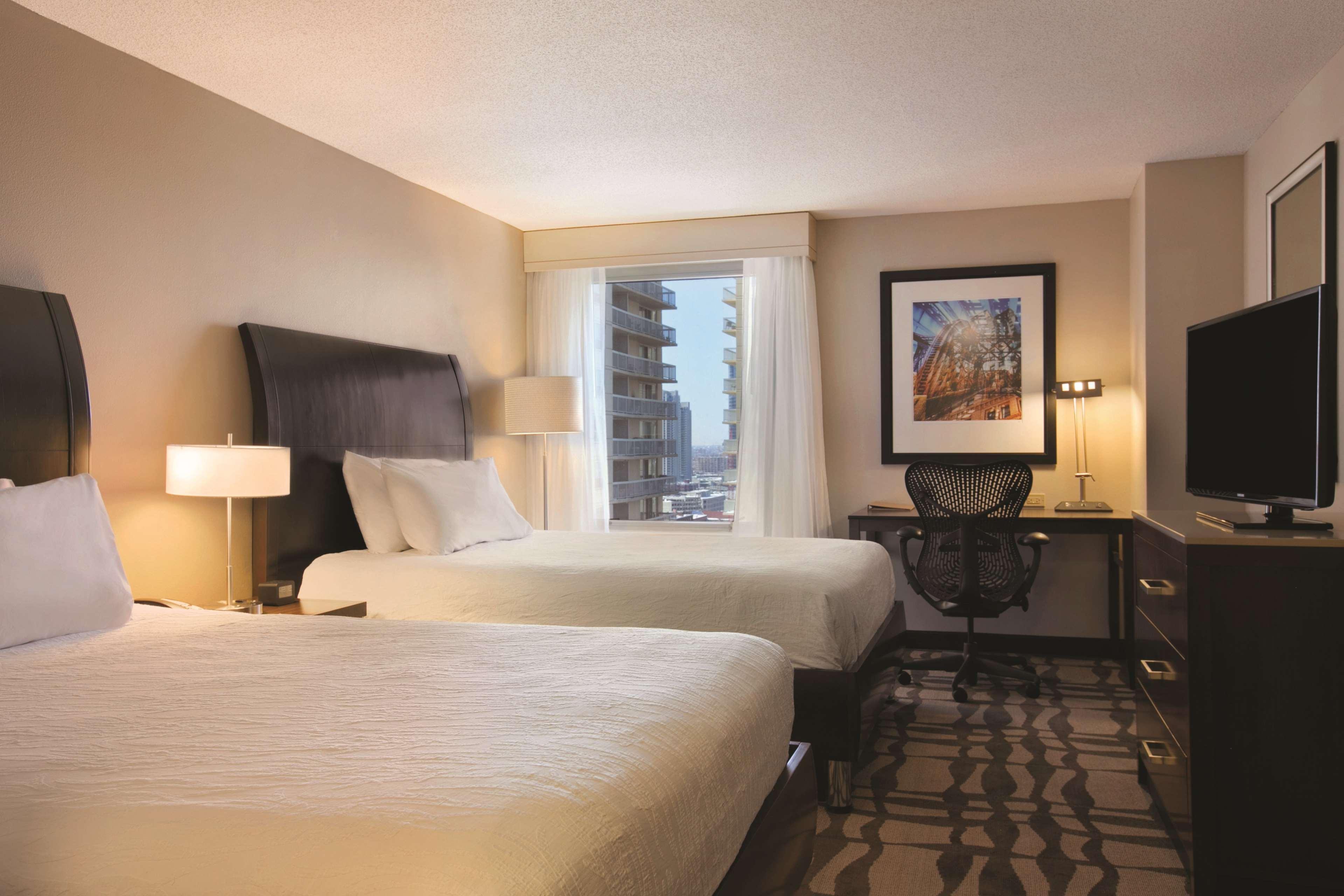 Hilton Garden Inn Chicago Downtown/Magnificent Mile image 21