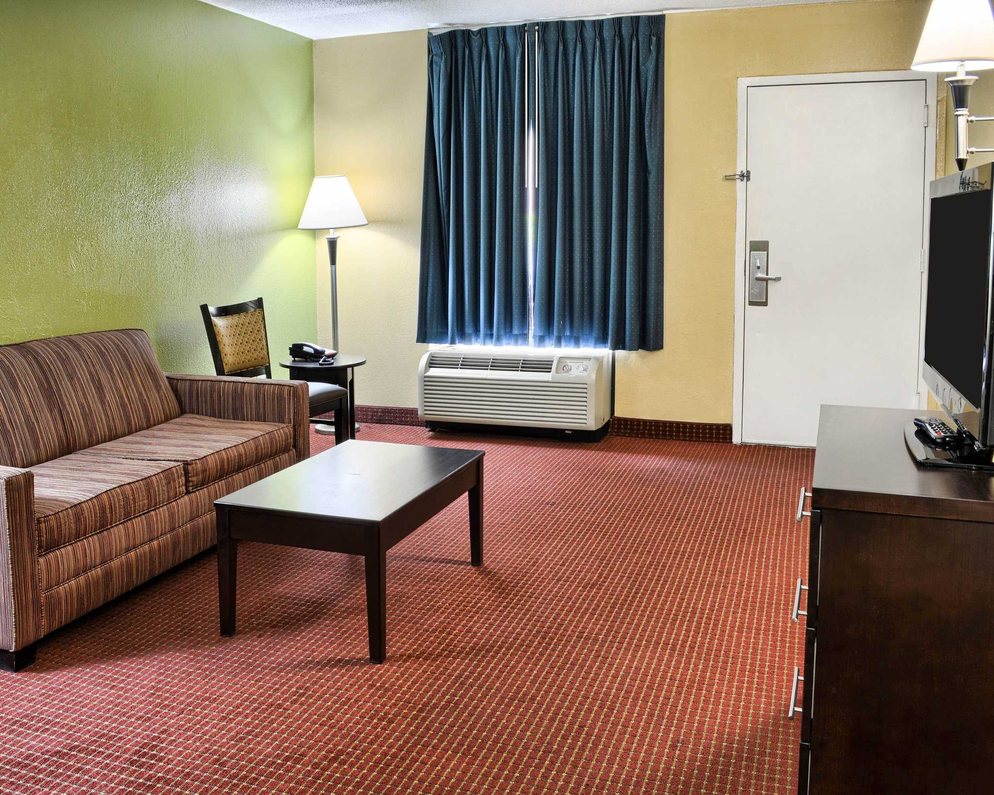 Quality Inn Fredericksburg, Central Park Area image 35