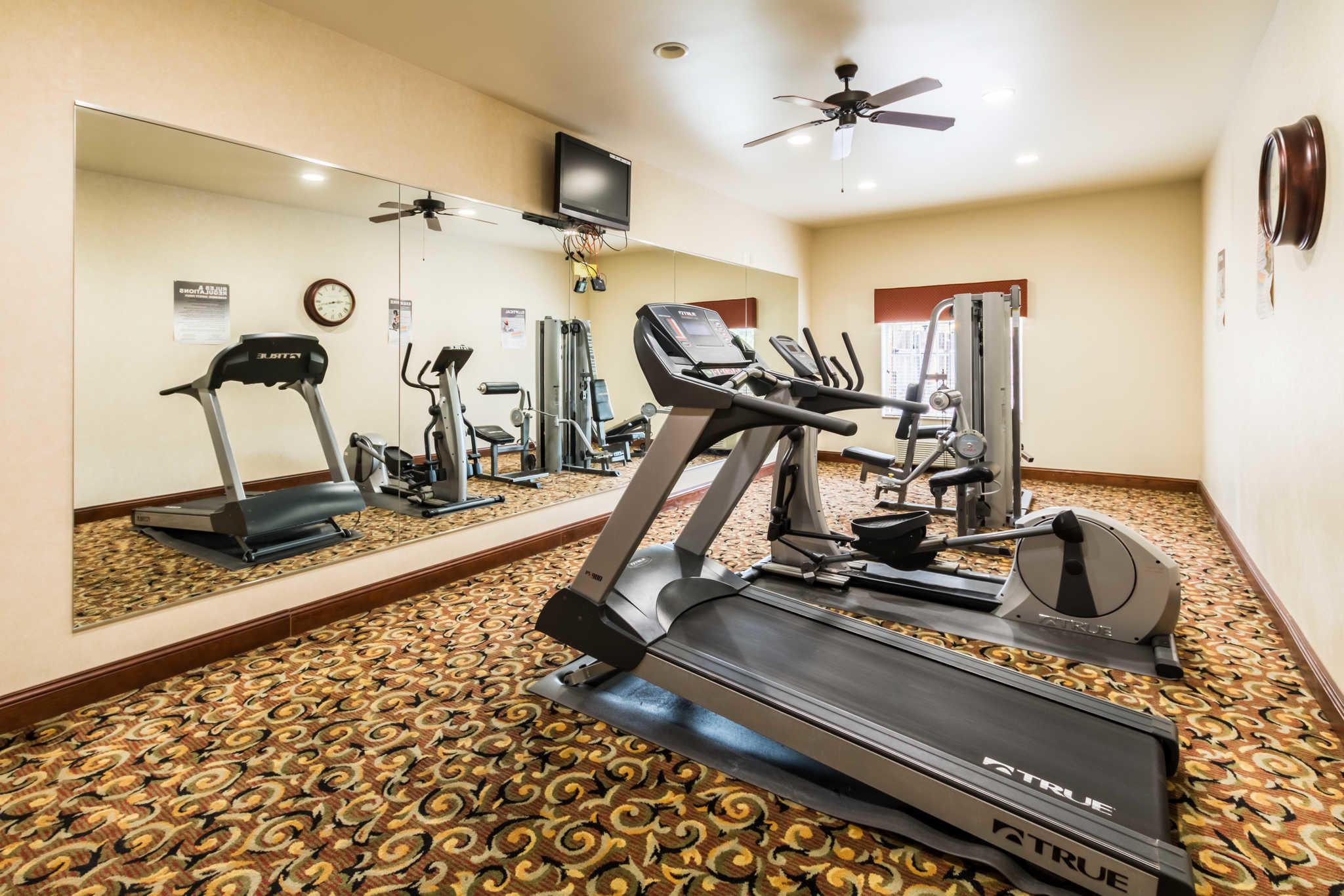 Comfort Inn & Suites near Comanche Peak image 35