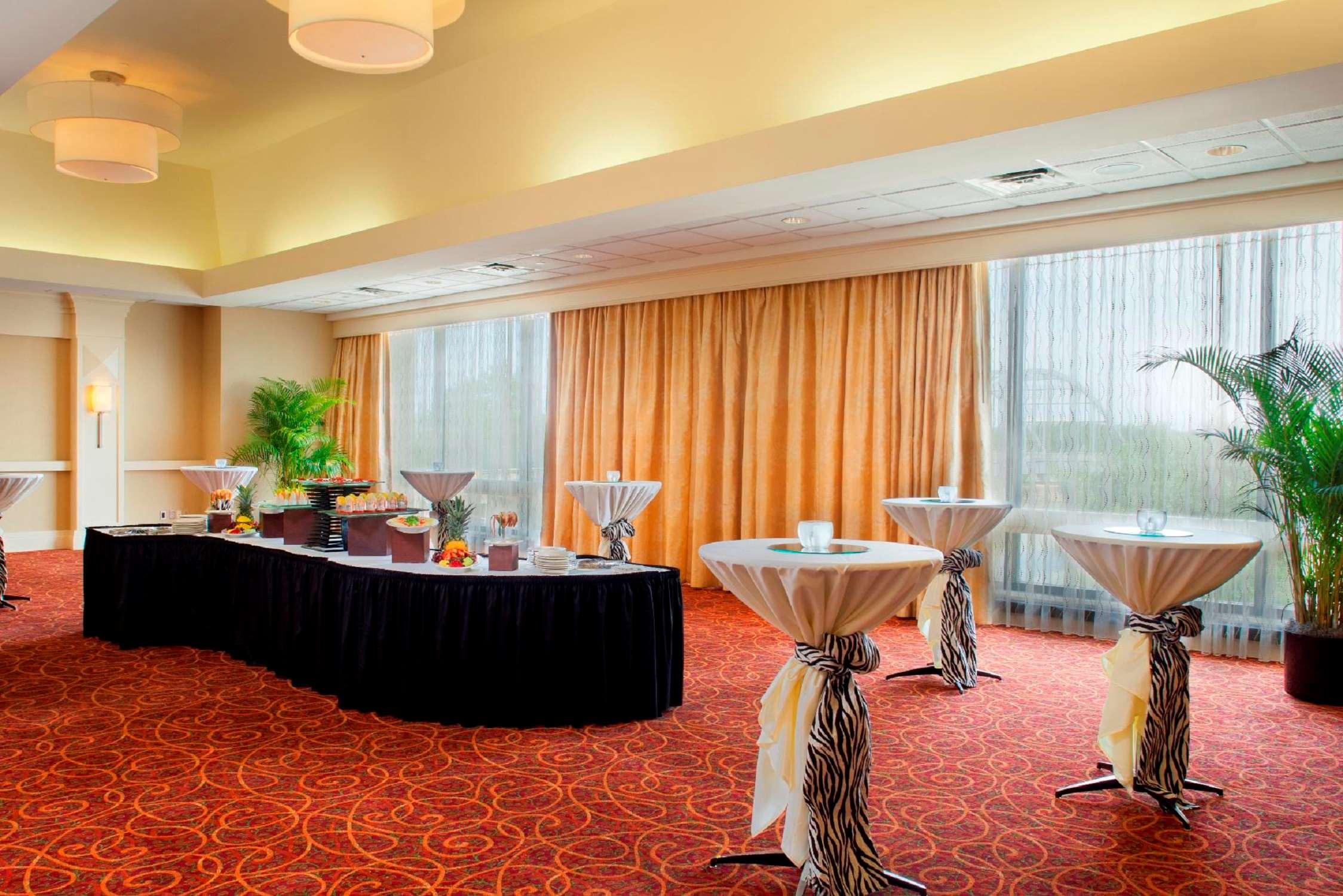 DoubleTree by Hilton Hotel Little Rock image 30