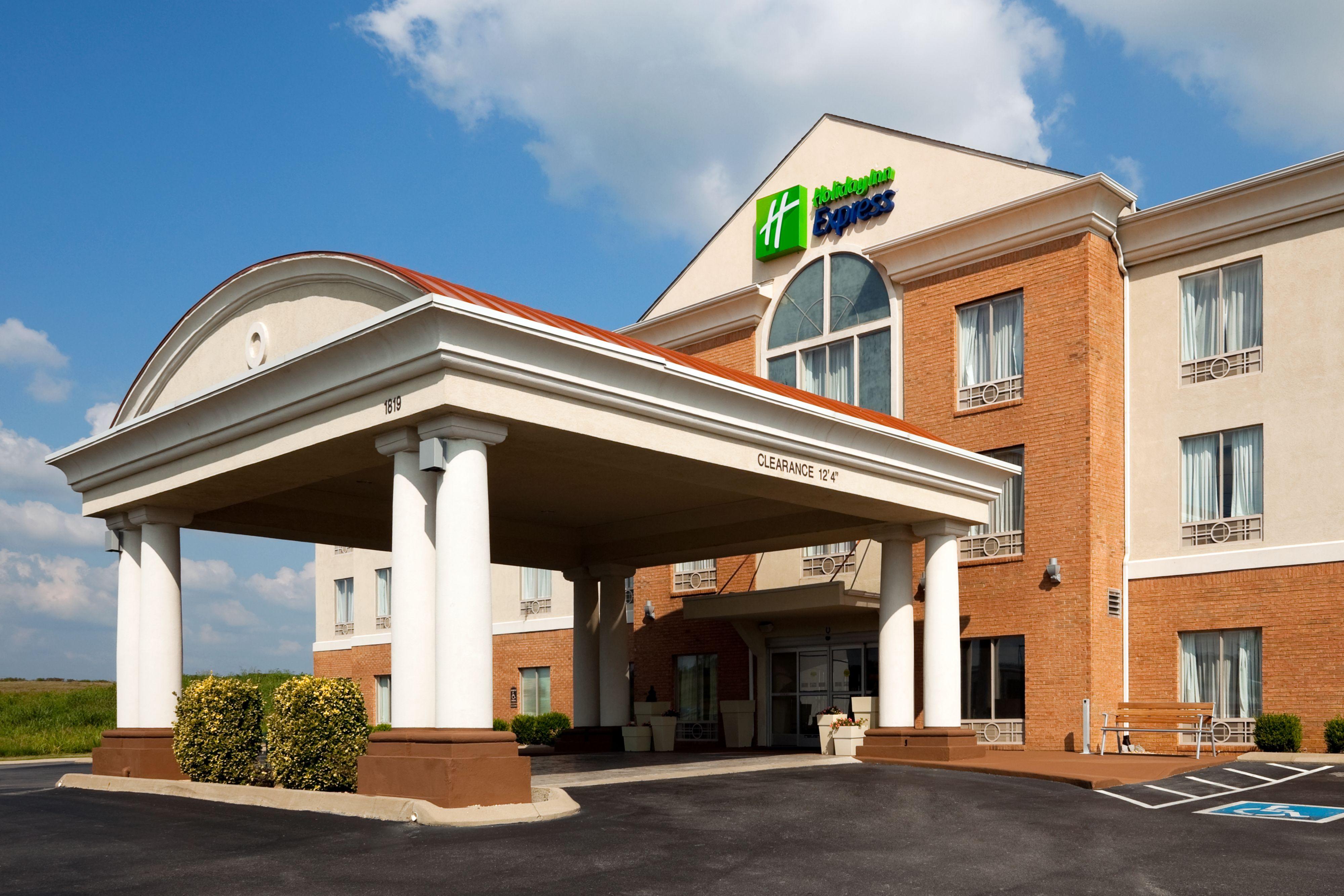 Holiday Inn Express & Suites Atascadero image 5
