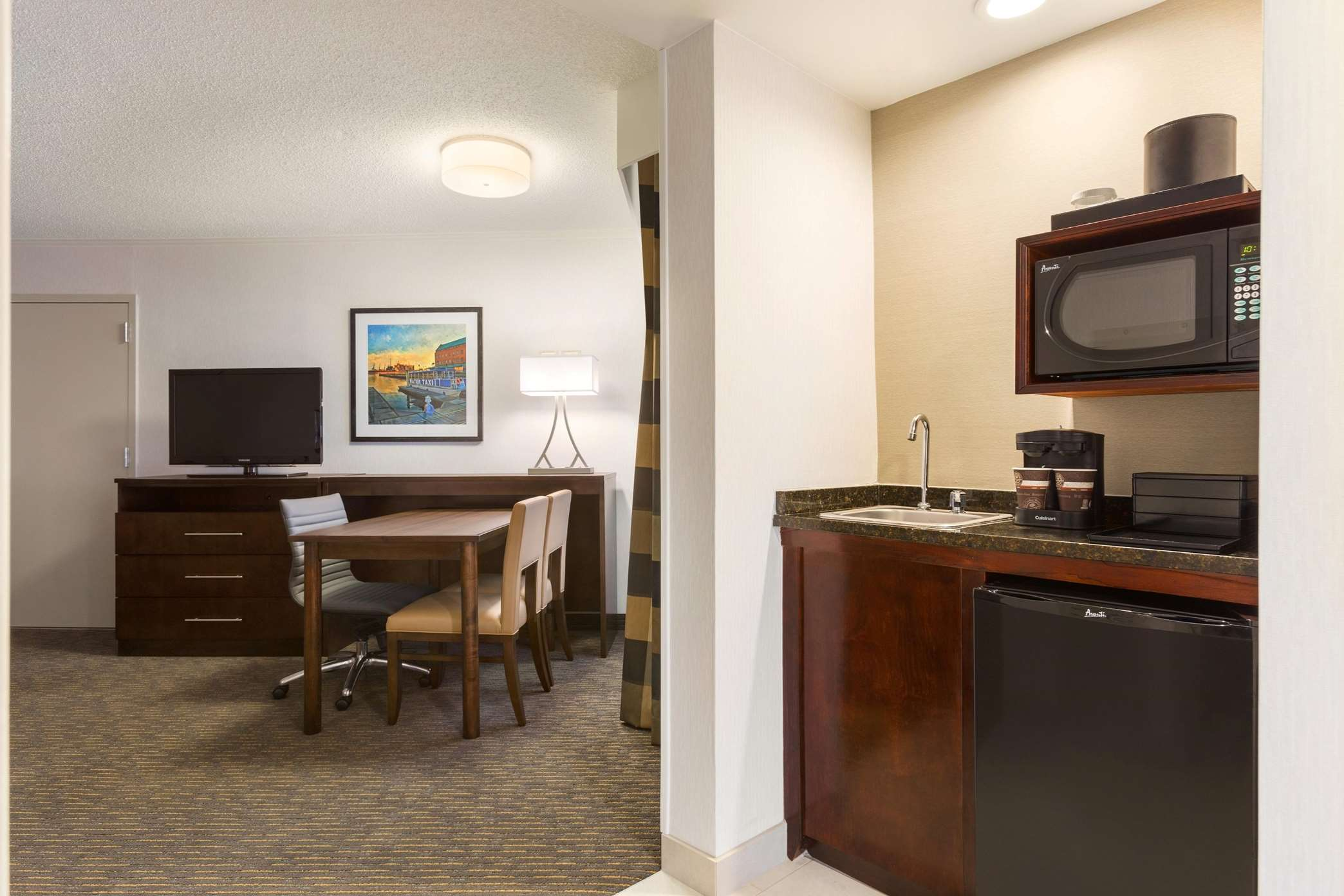 Embassy Suites by Hilton Baltimore at BWI Airport image 31