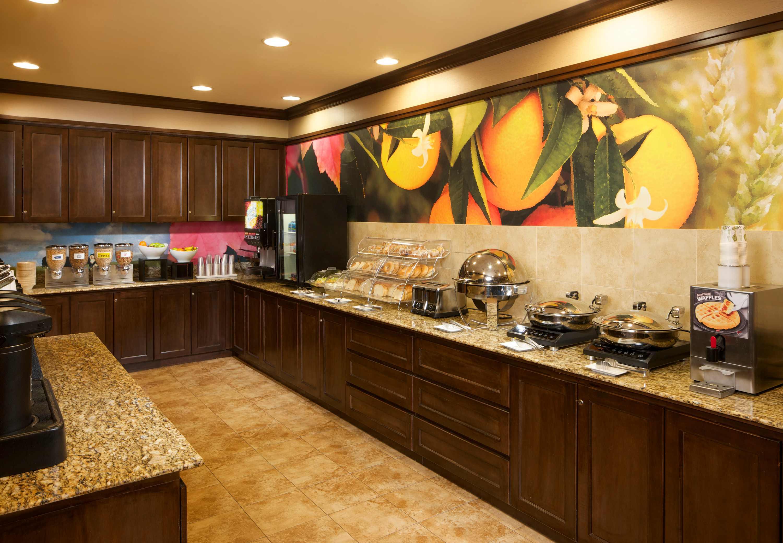 Fairfield Inn & Suites by Marriott Houston Intercontinental Airport image 8