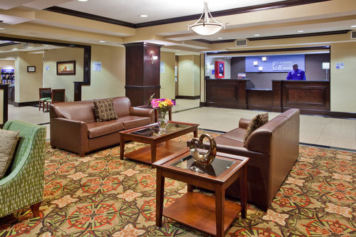 Holiday Inn Express & Suites Charlotte-Concord-I-85 image 3