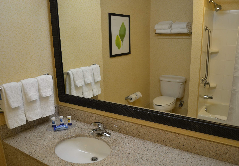 Fairfield Inn & Suites by Marriott Aiken image 1