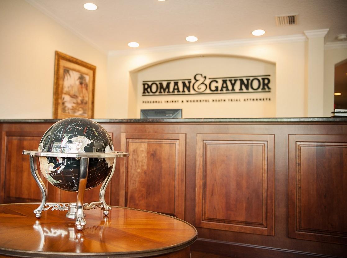 Roman & Gaynor image 3