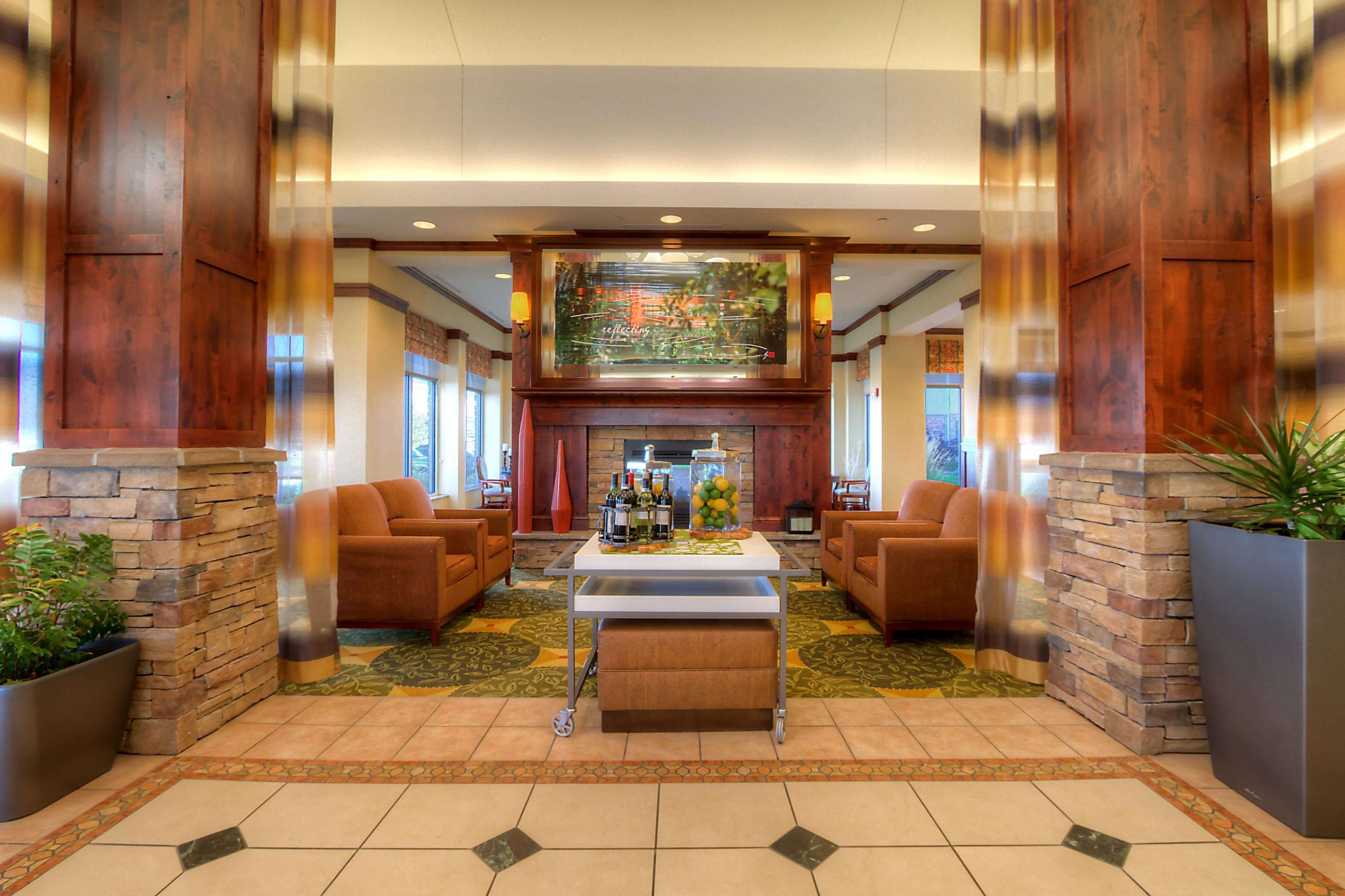 Hilton Garden Inn Great Falls image 3