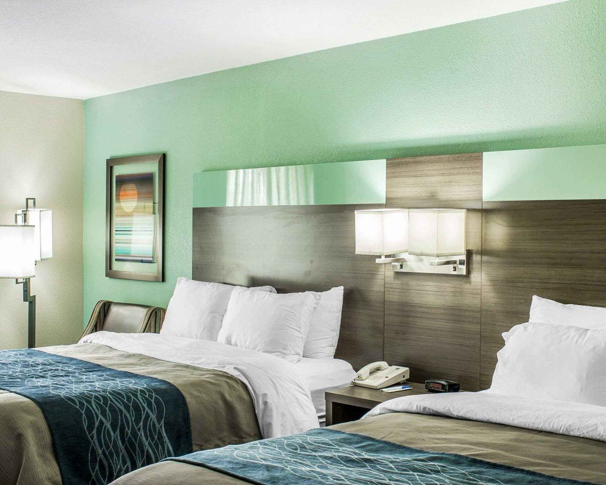 Comfort Inn image 18