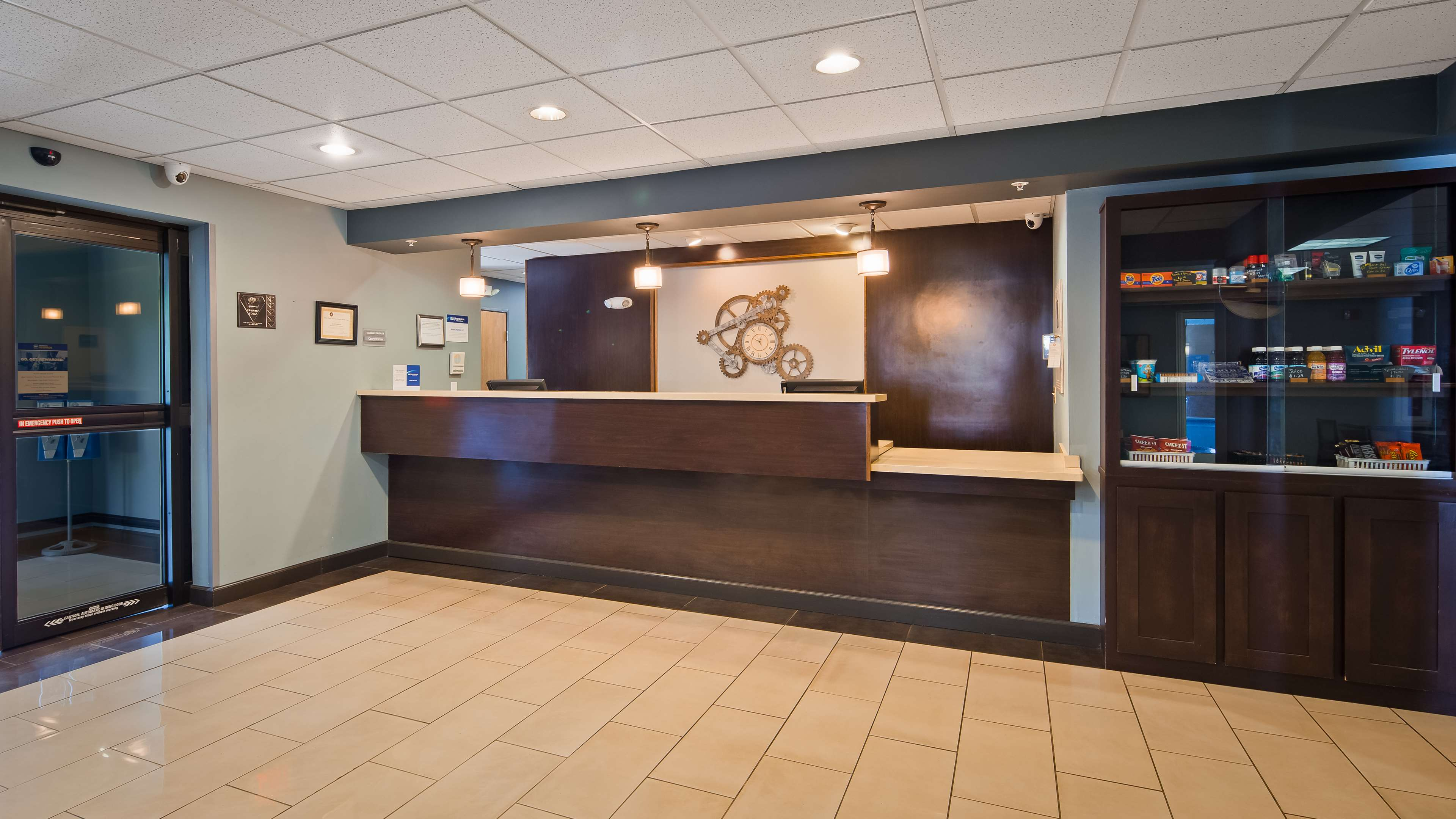 Best Western Plus Coldwater Hotel image 3