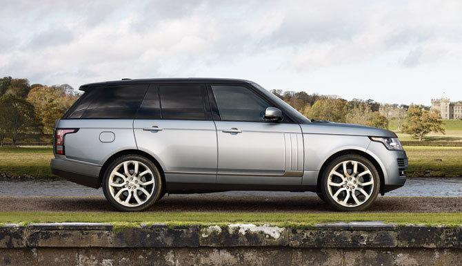 Land Rover à Laval