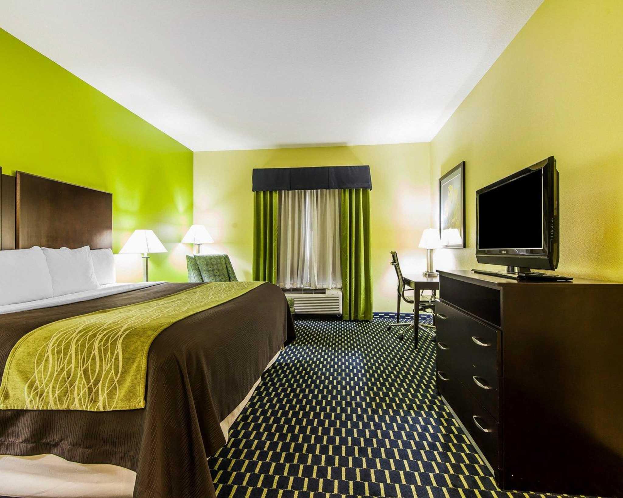 Comfort Inn image 39