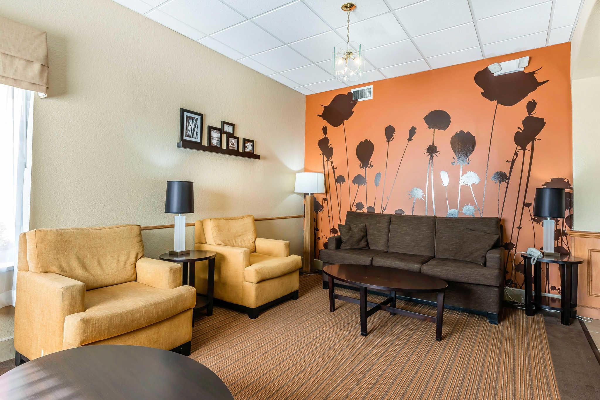 Sleep Inn & Suites Ocala - Belleview image 6