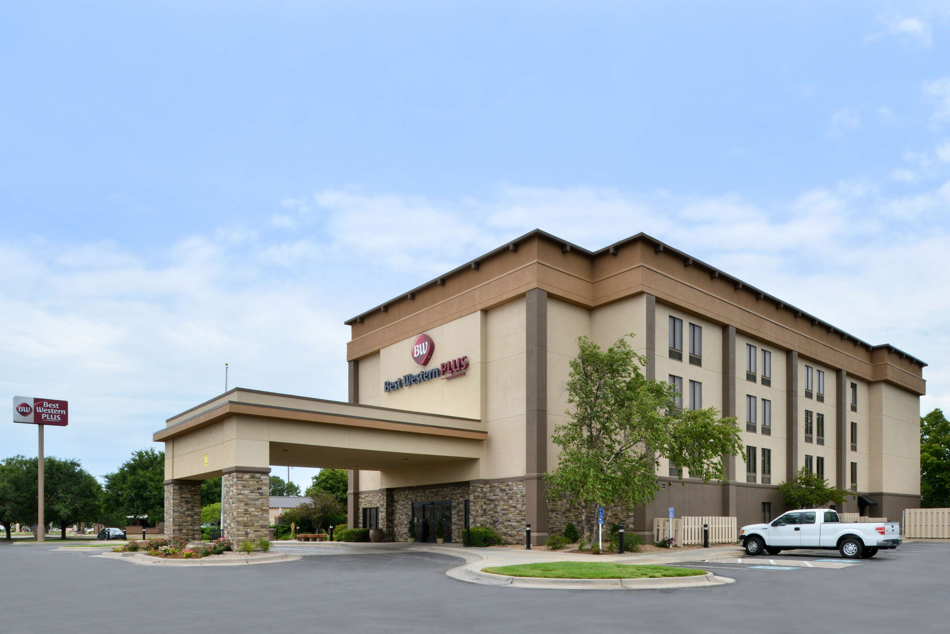 Best Western Plus Wichita West Airport Inn Wichita Ks Business Directory