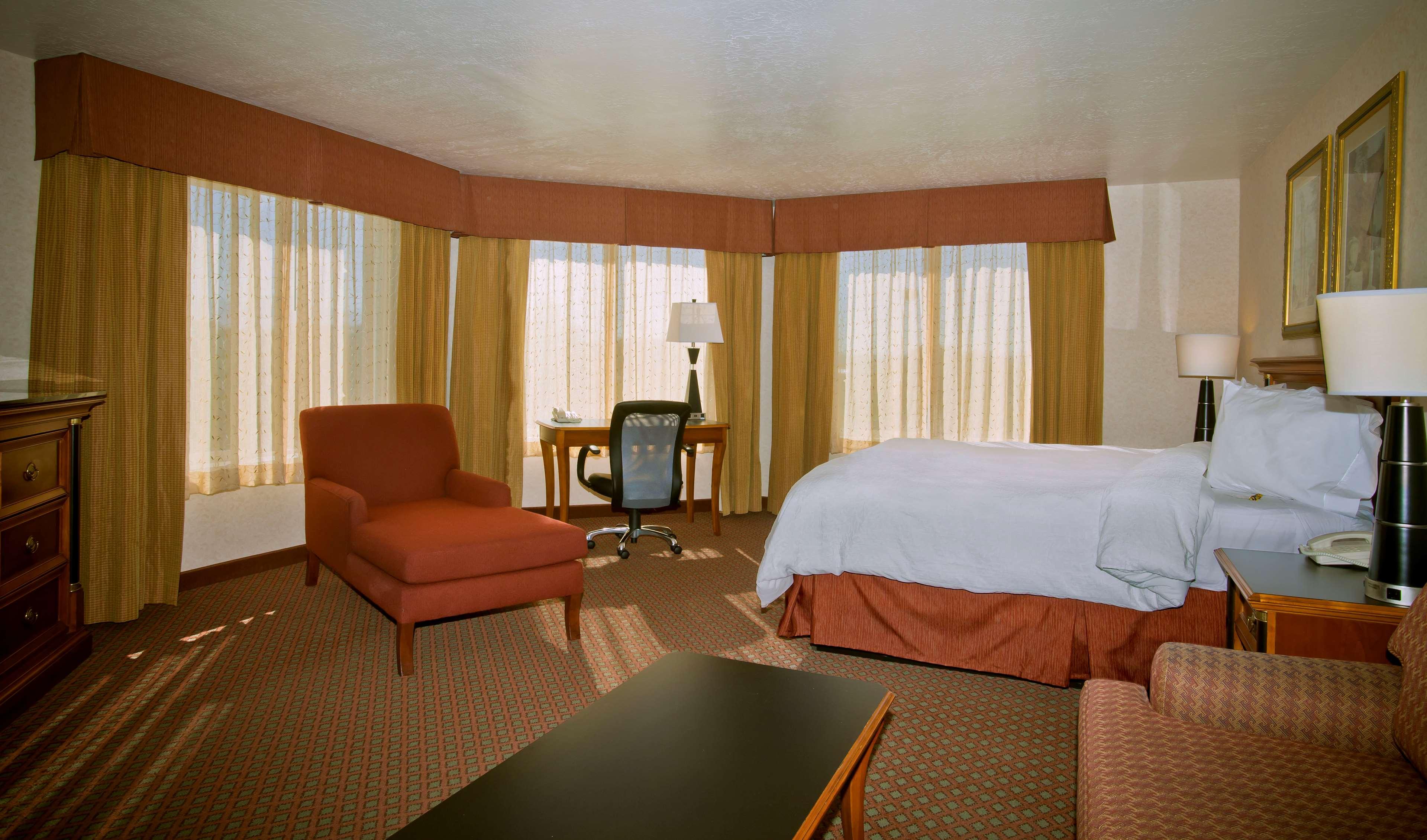 Hampton Inn & Suites Salt Lake City Airport image 17