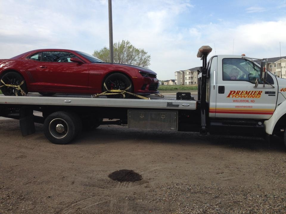 Premier Towing And Auto Repair image 1