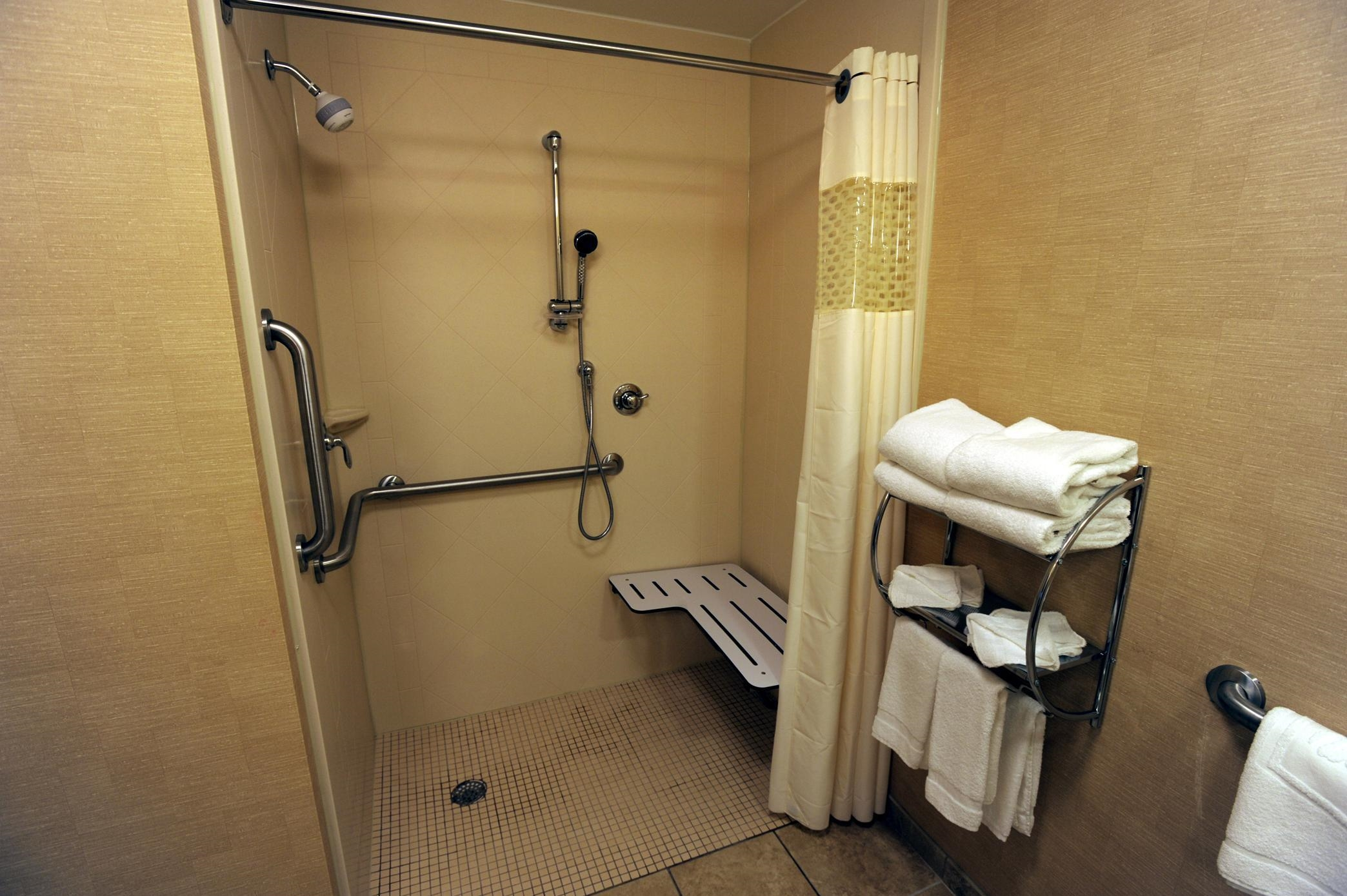 Hampton Inn & Suites Chadds Ford image 14