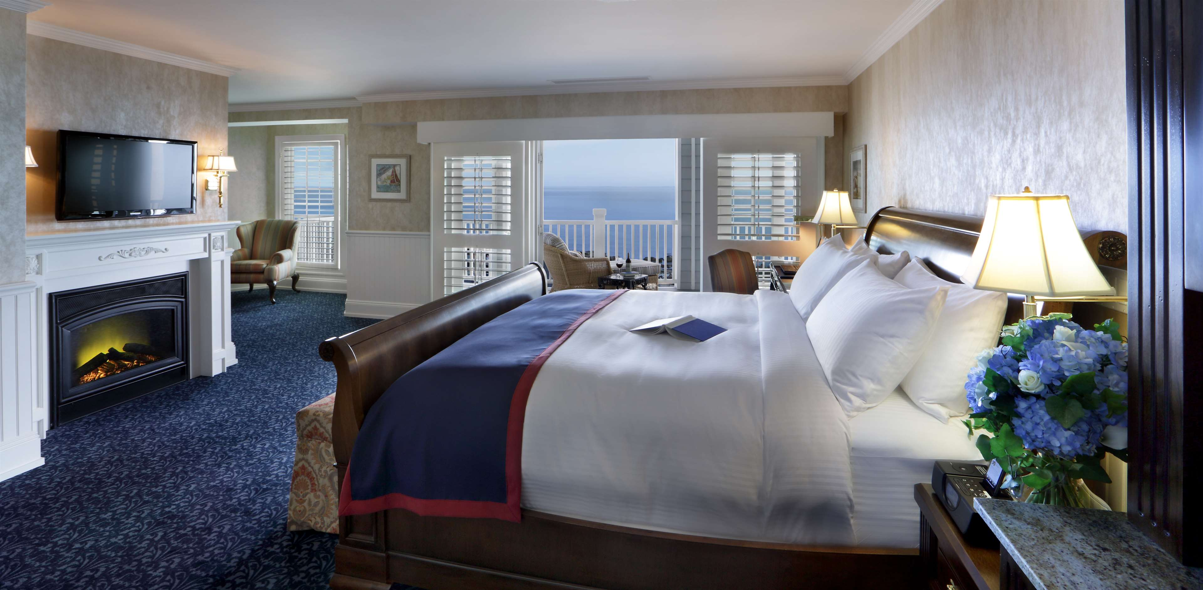Madison Beach Hotel, Curio Collection by Hilton image 36