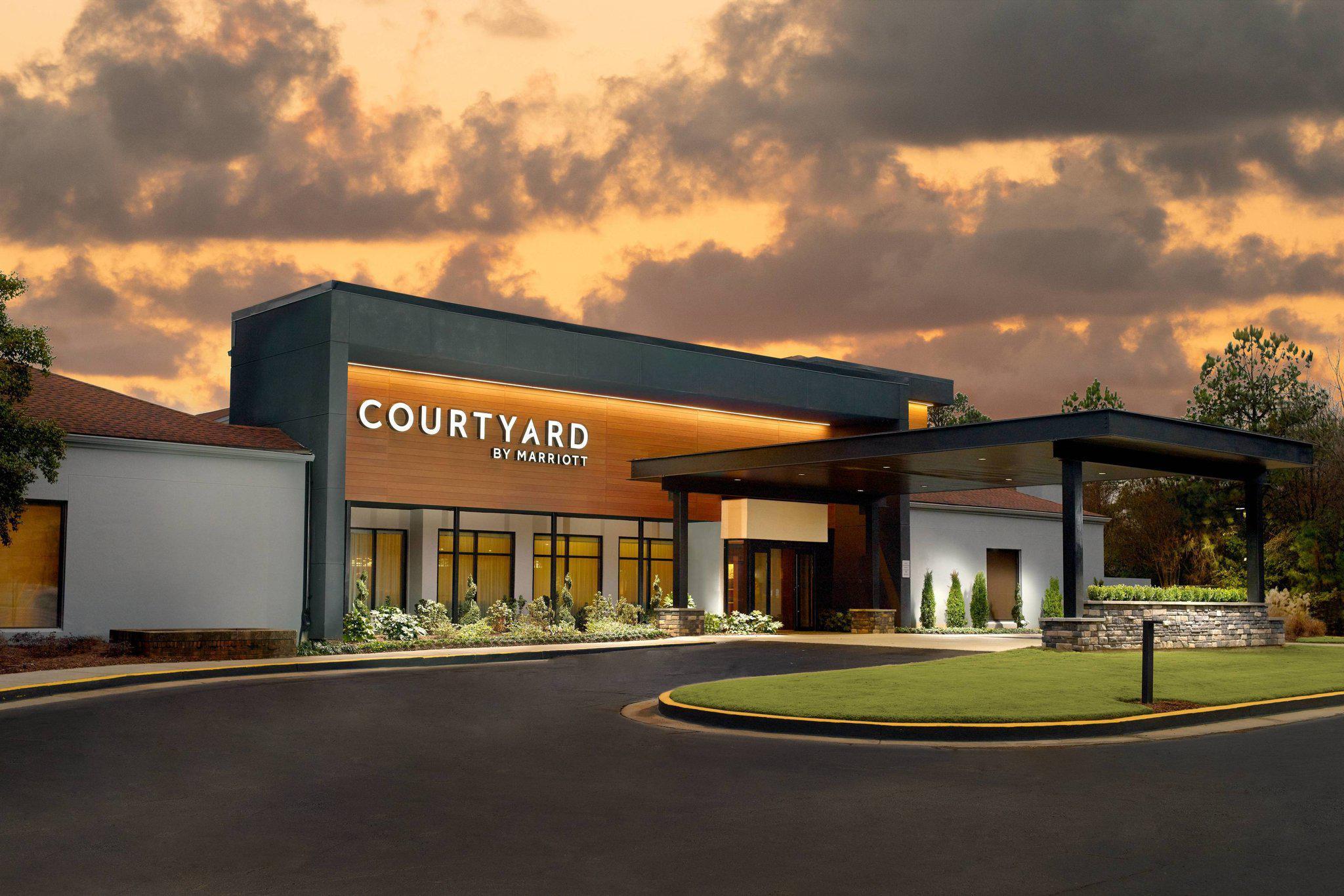 Courtyard by Marriott Atlanta Airport South/Sullivan Road