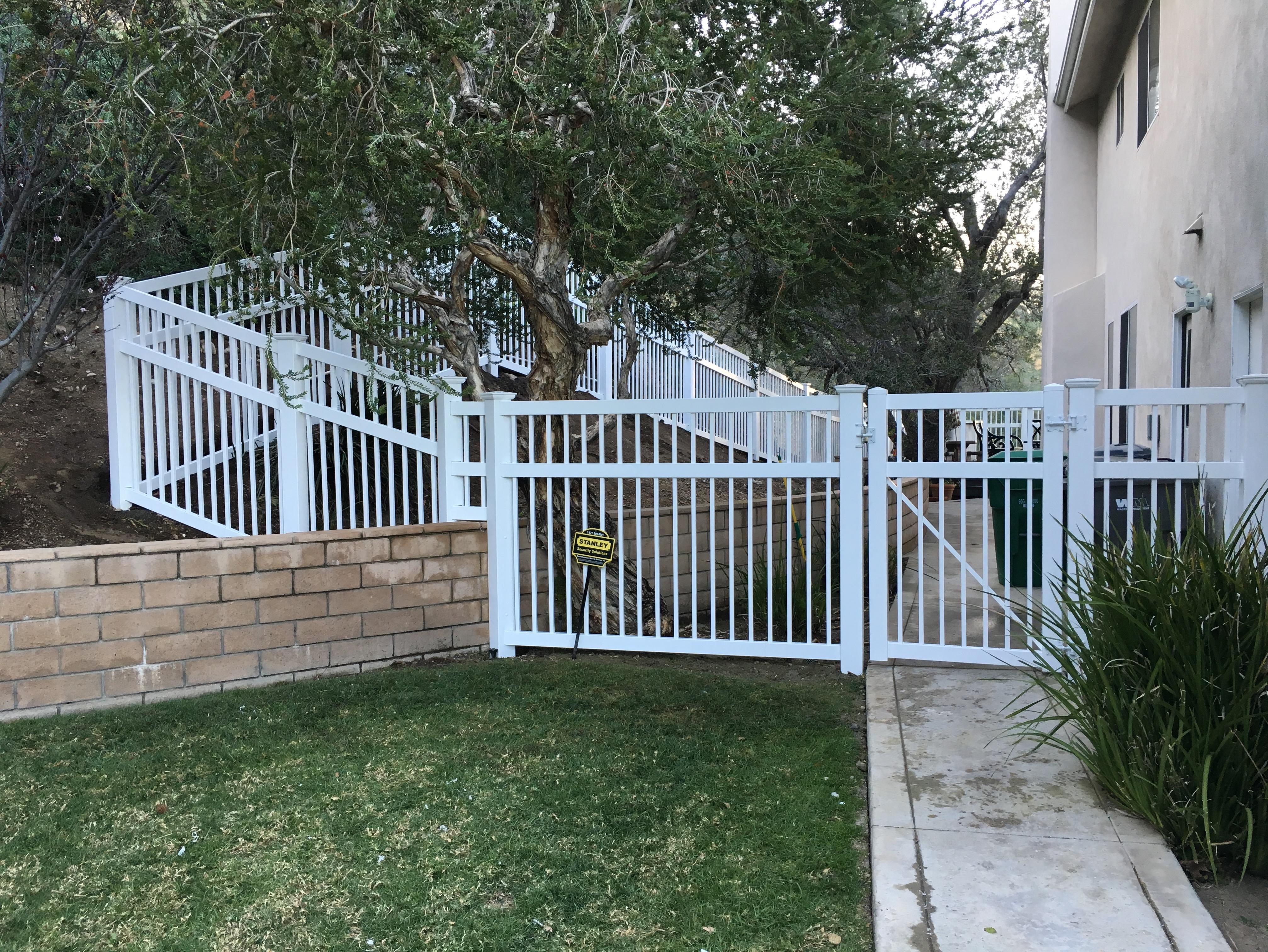 3T Fence image 9