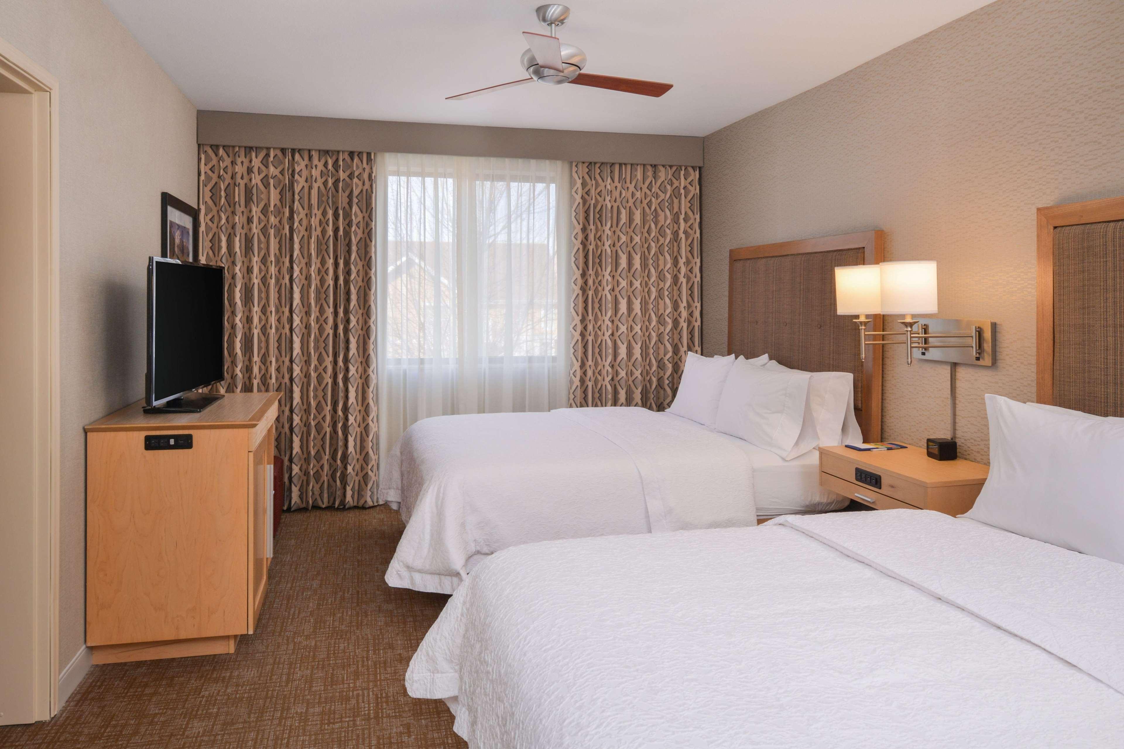 Hampton Inn & Suites Denver-Speer Boulevard image 31