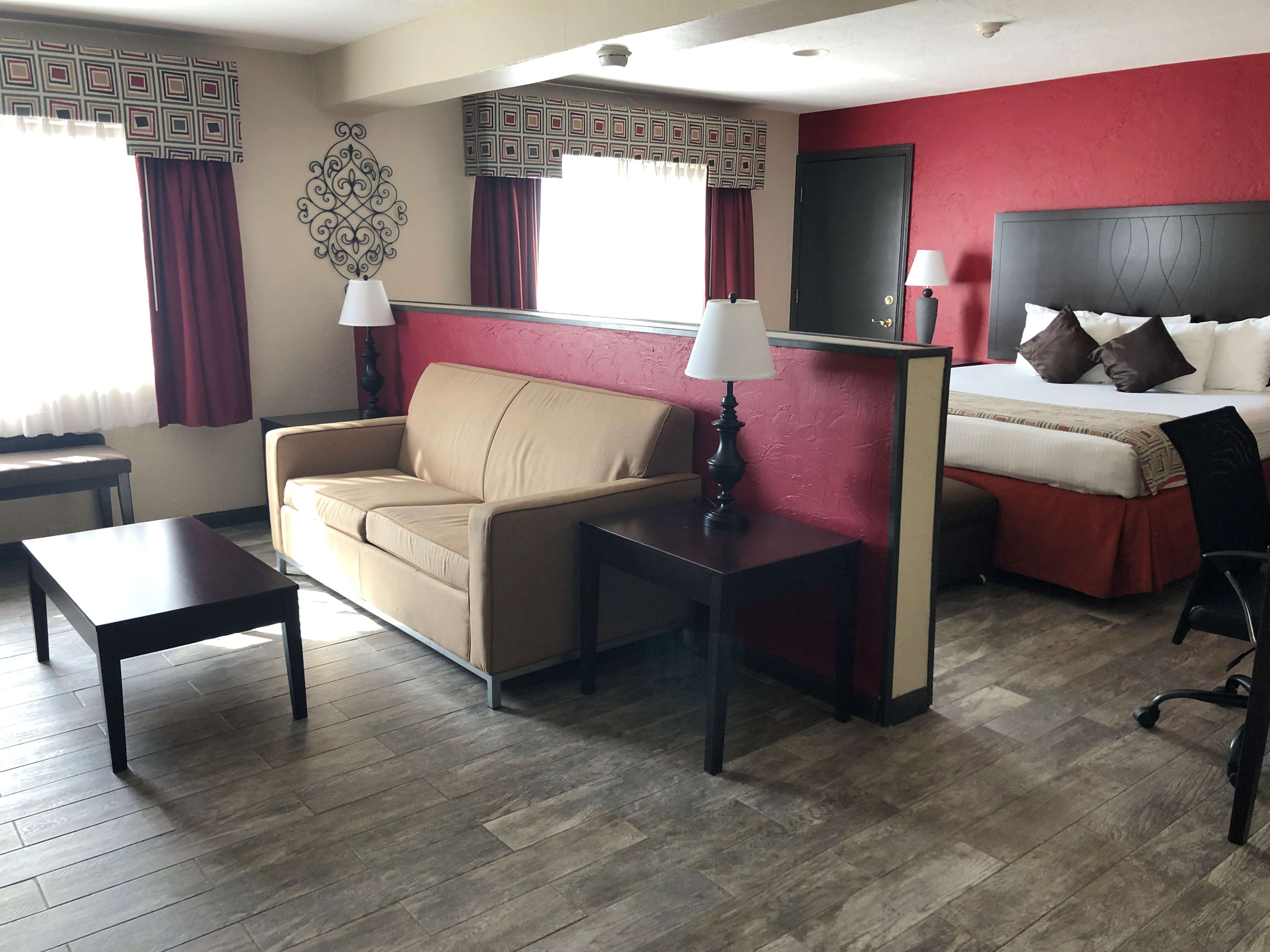 SureStay Plus Hotel by Best Western Oklahoma City North image 13