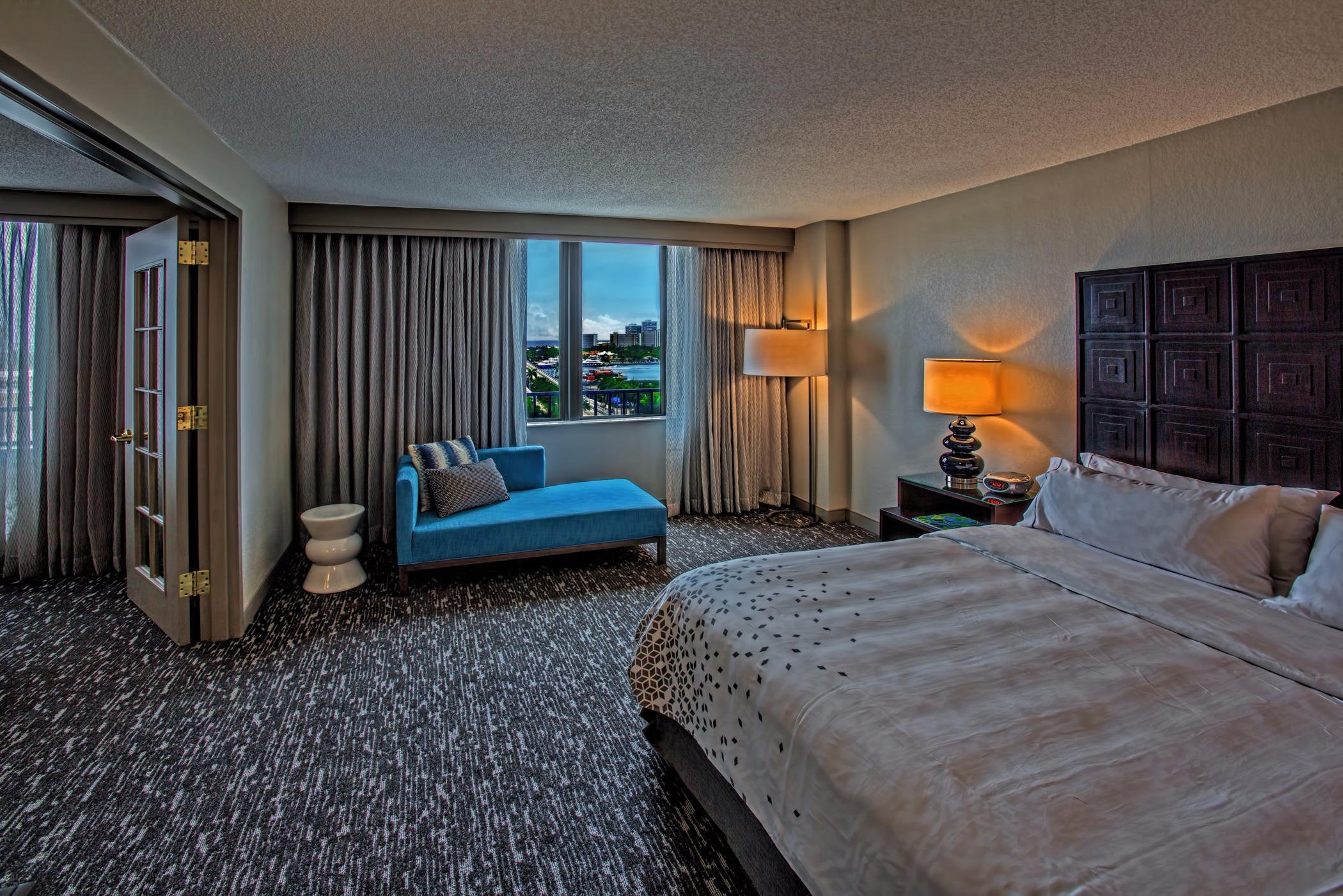 Renaissance Fort Lauderdale Cruise Port Hotel image 9