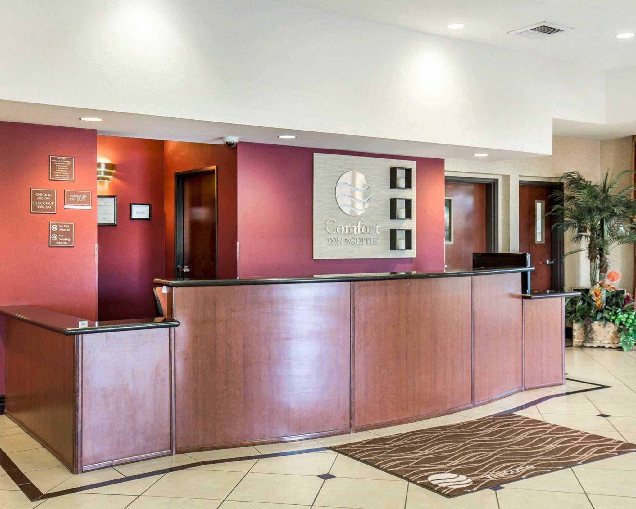 Comfort Inn & Suites Las Vegas - Nellis image 2