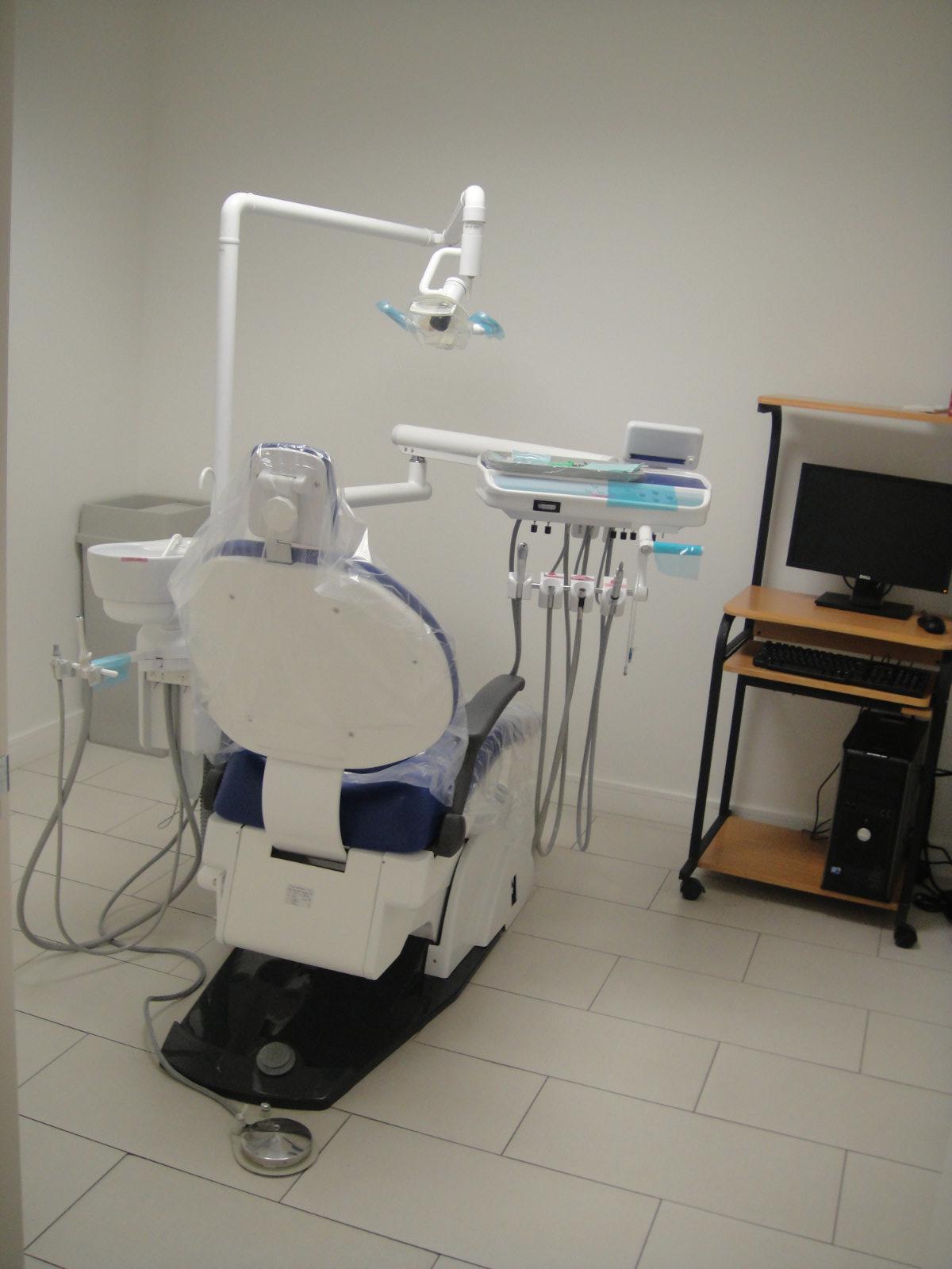 Sinai Dental image 2