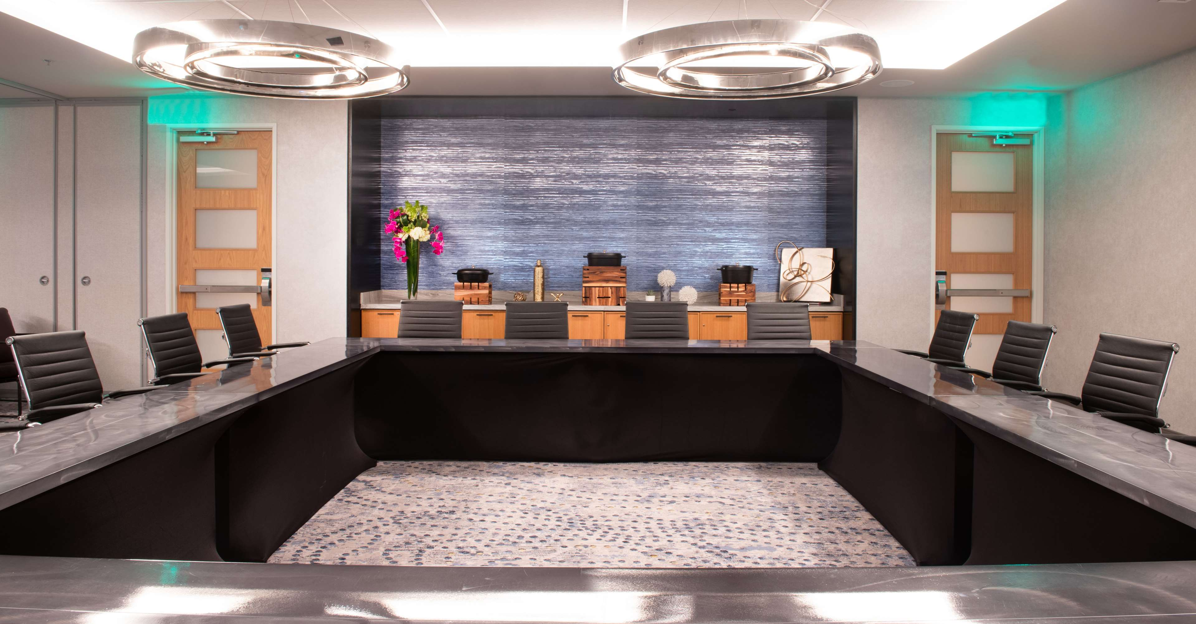 The Charter Hotel Seattle, Curio Collection by Hilton image 28