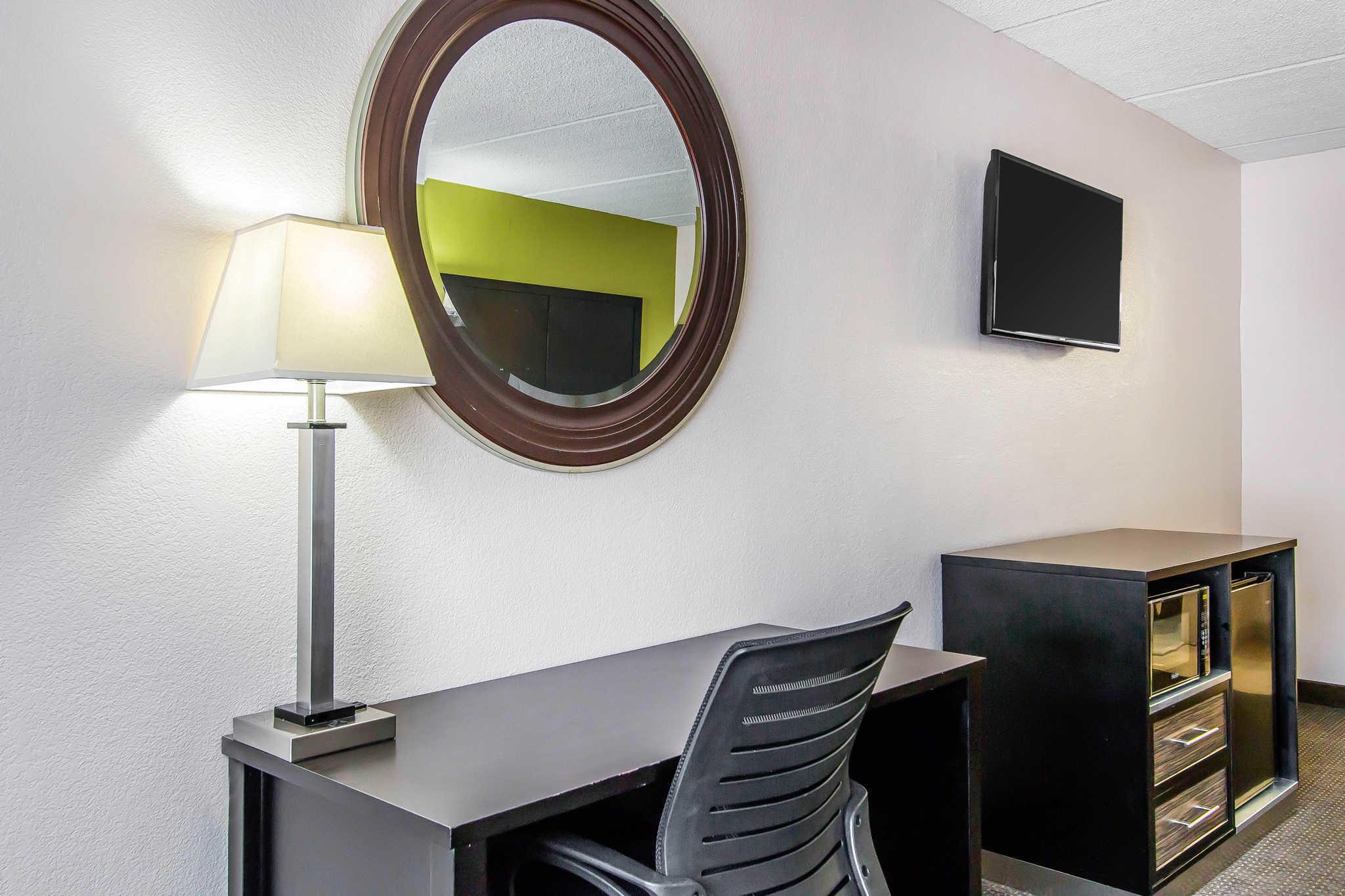 Quality Inn Hinesville - Fort Stewart Area image 10