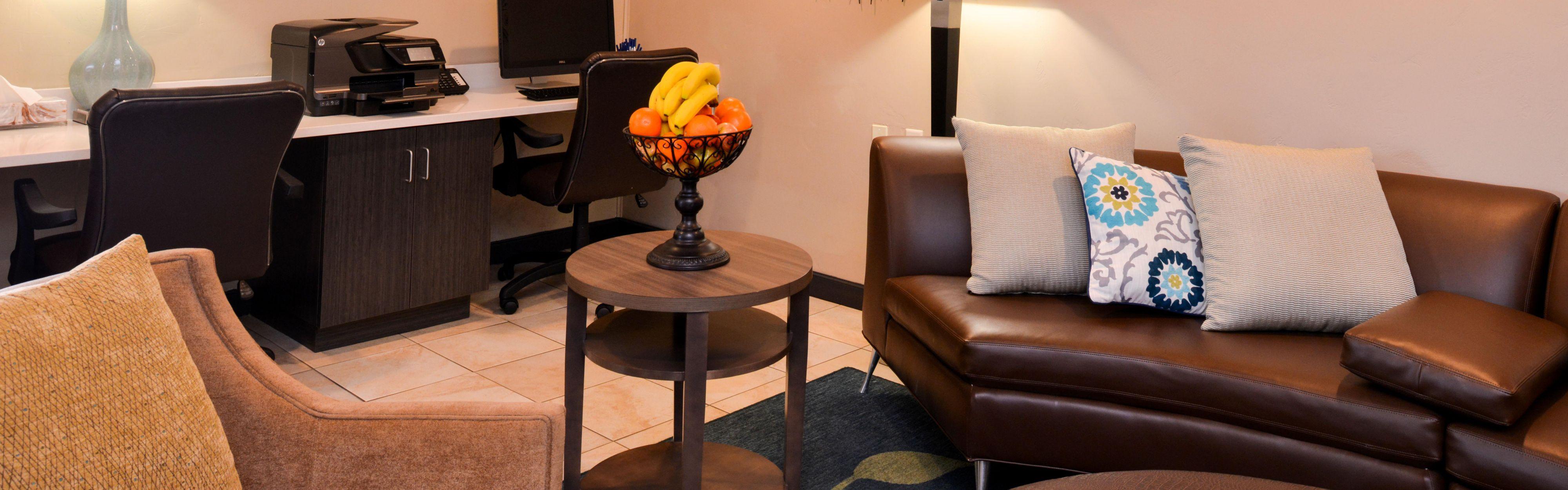 Candlewood Suites Boise-Meridian image 0