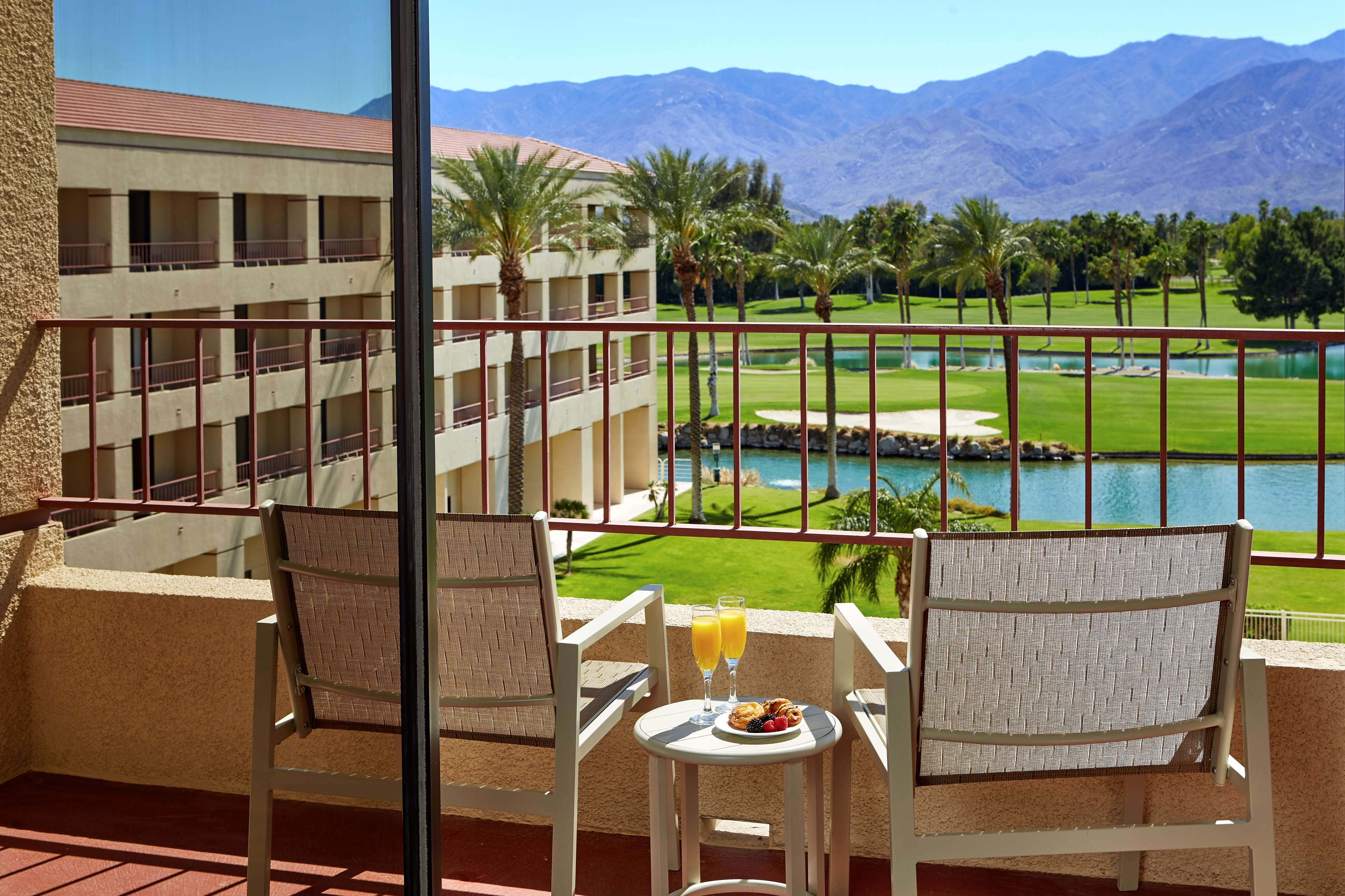 DoubleTree by Hilton Hotel Golf Resort Palm Springs image 26