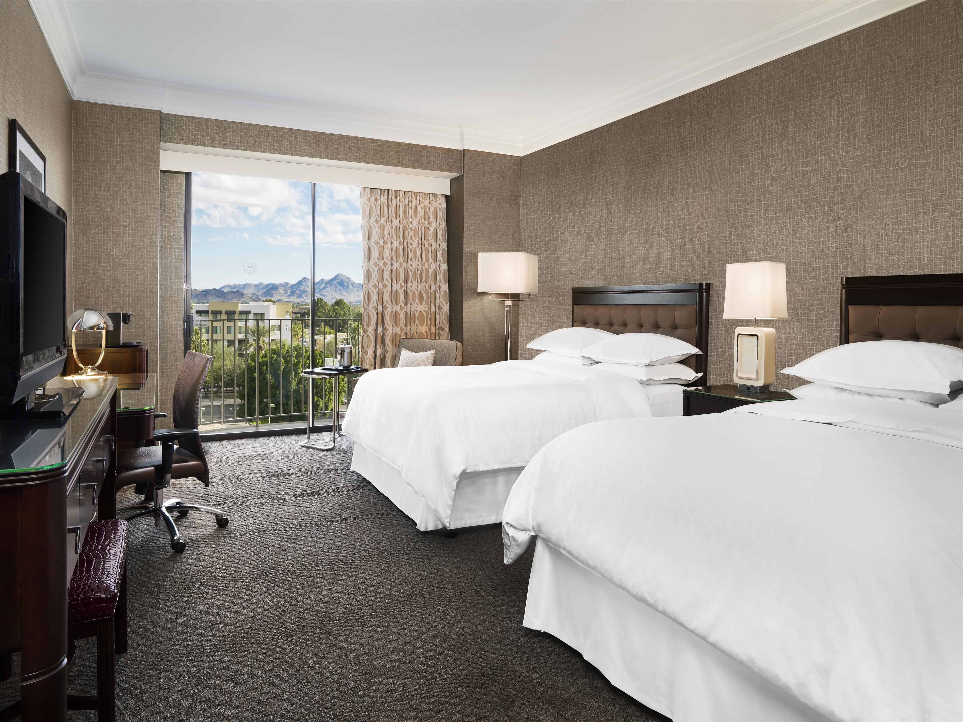 Sheraton Crescent Hotel image 1