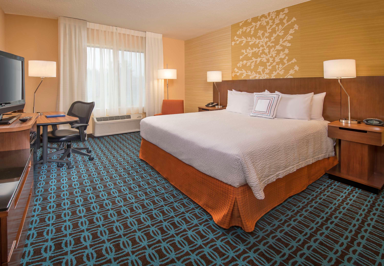 Fairfield Inn & Suites by Marriott Frederick image 12