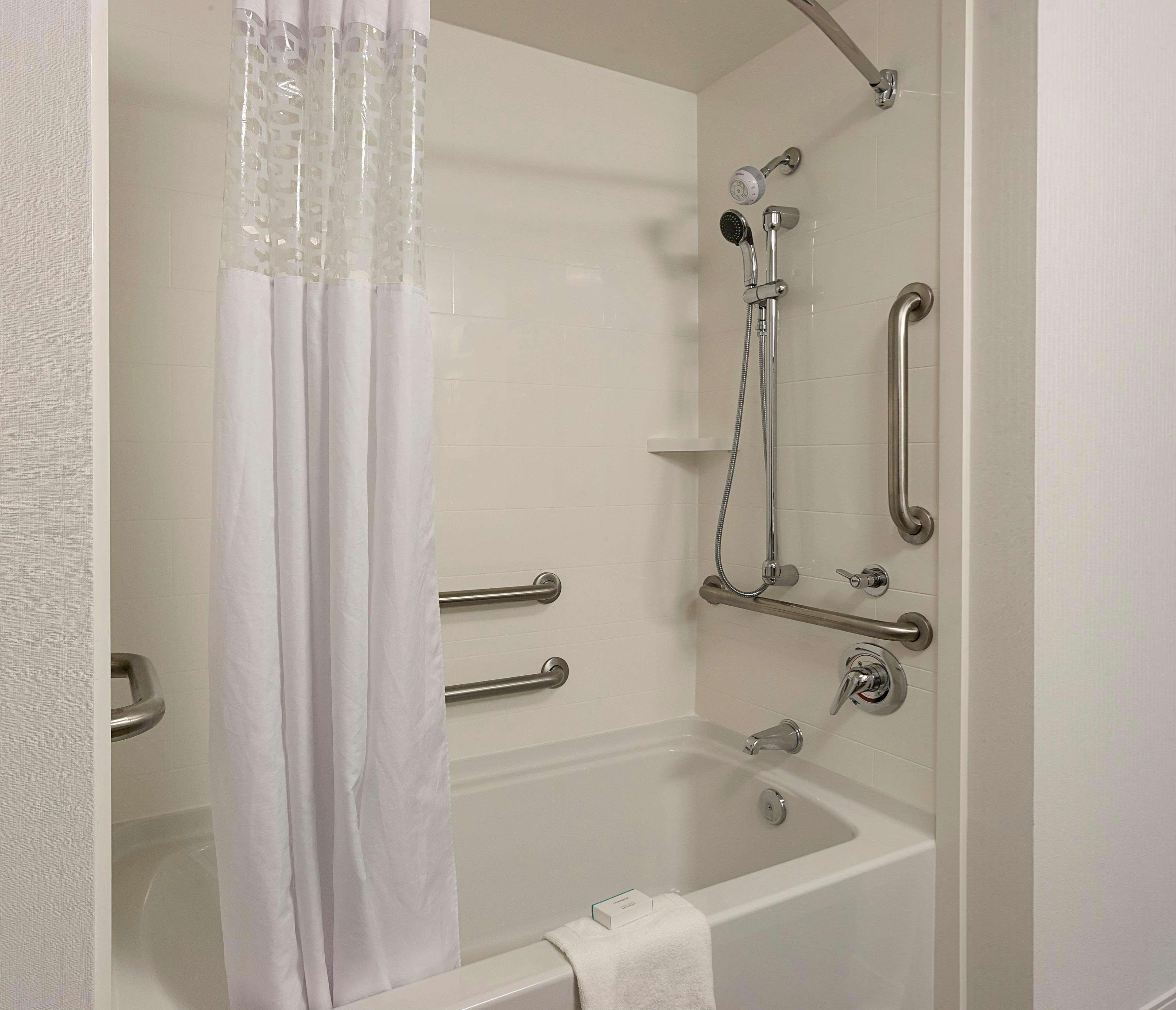 Hampton Inn & Suites Charlotte/Pineville image 28