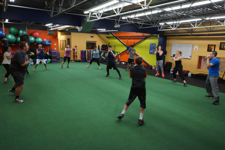 Everybodys Fitness Center image 13