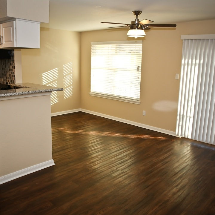 Sedona Apartments: Sedona Apartments At 311 Highland Cross Drive, Houston, TX