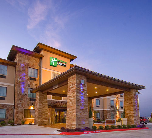 Holiday Inn Express & Suites Marble Falls image 0