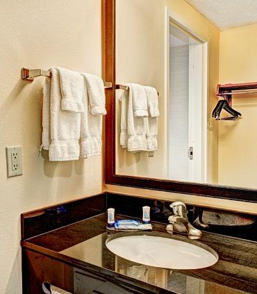 Fairfield Inn & Suites by Marriott Raleigh Crabtree Valley image 11