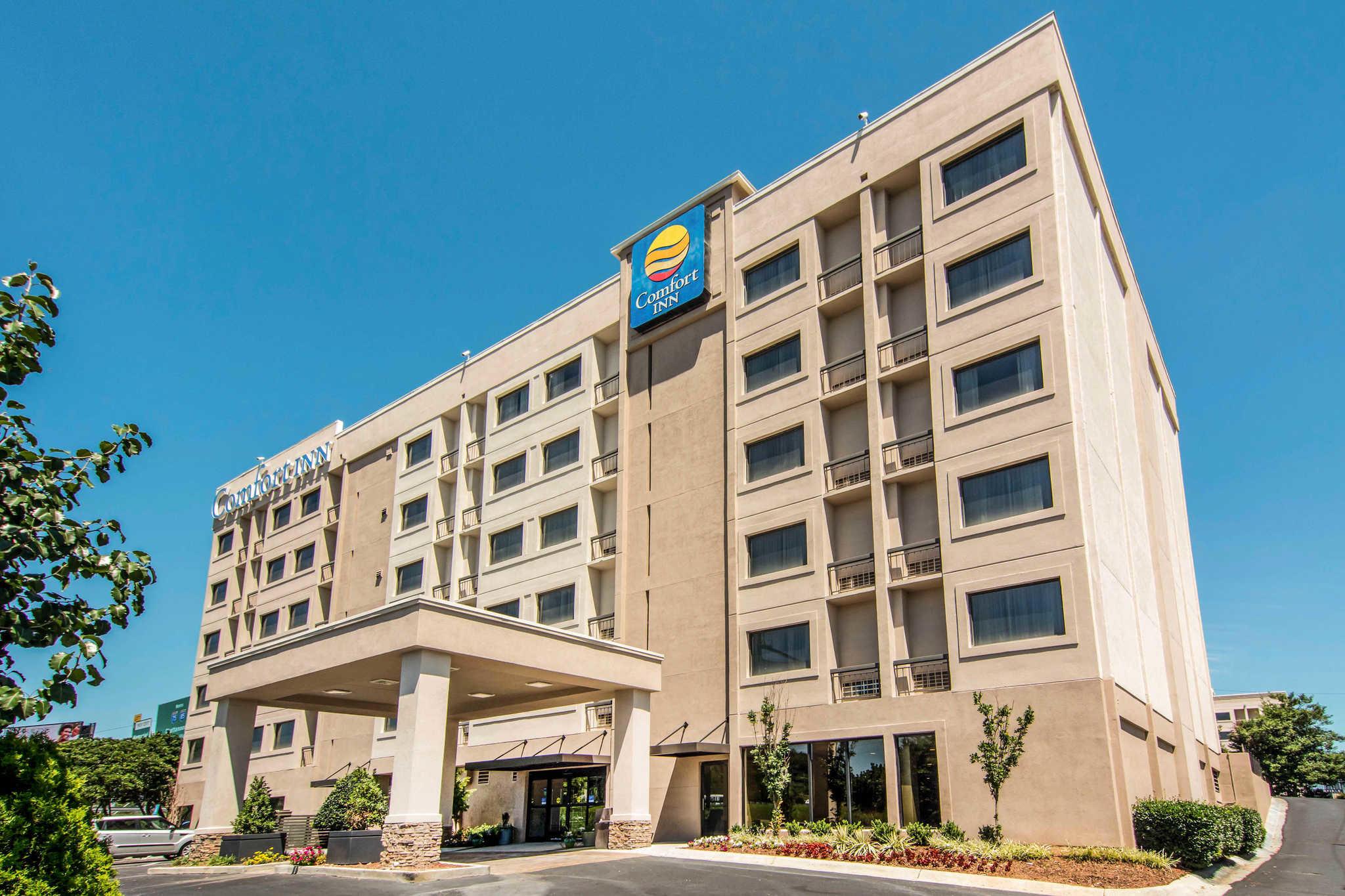 Comfort inn atlanta downtown south atlanta ga for Cabin rentals close to atlanta ga